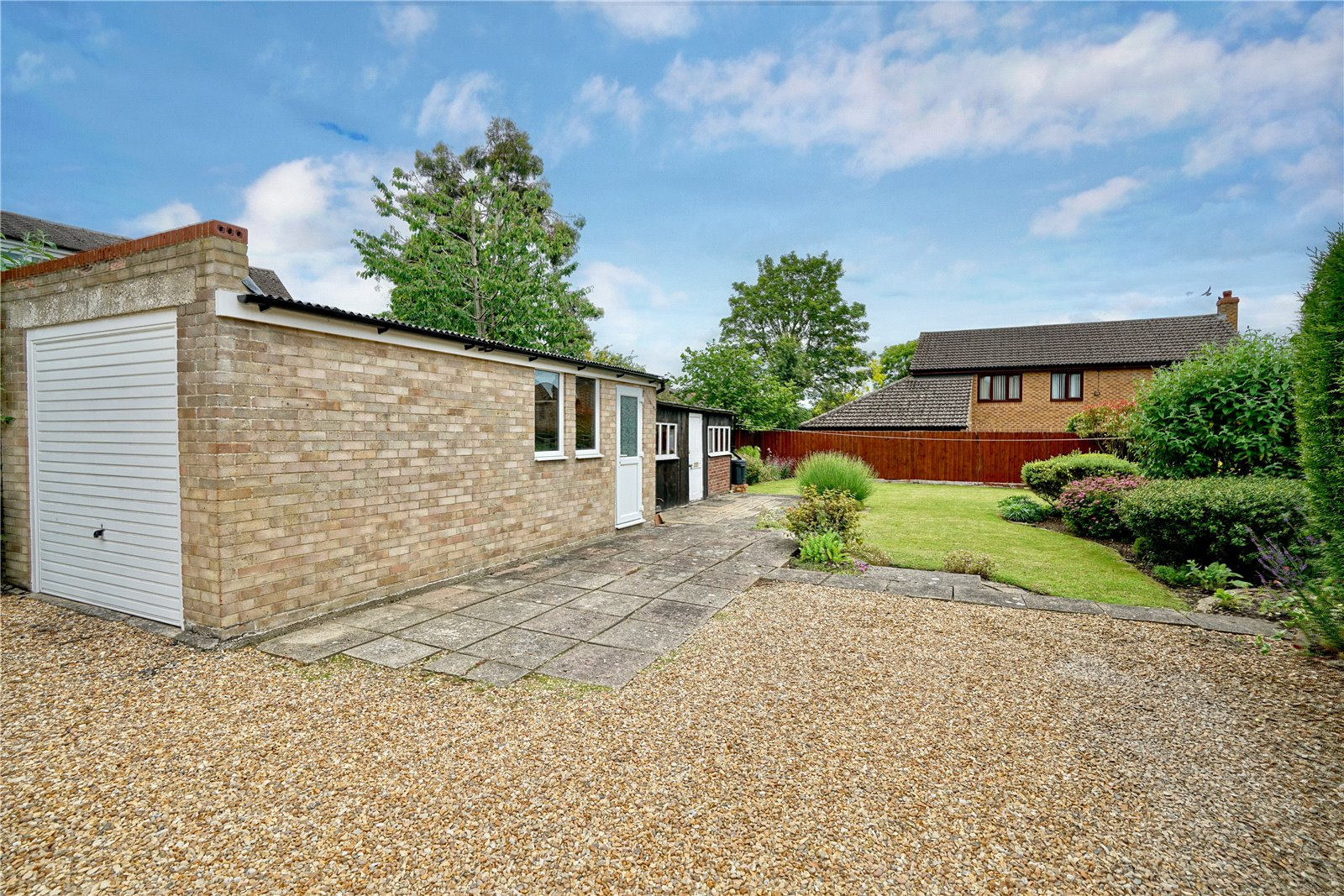 3 bed house for sale in Great North Road, Eaton Socon  - Property Image 9