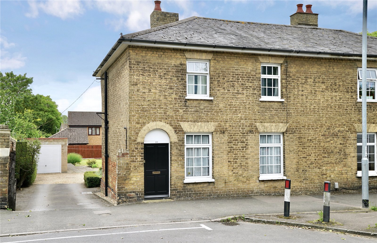 3 bed house for sale in Great North Road, Eaton Socon - Property Image 1