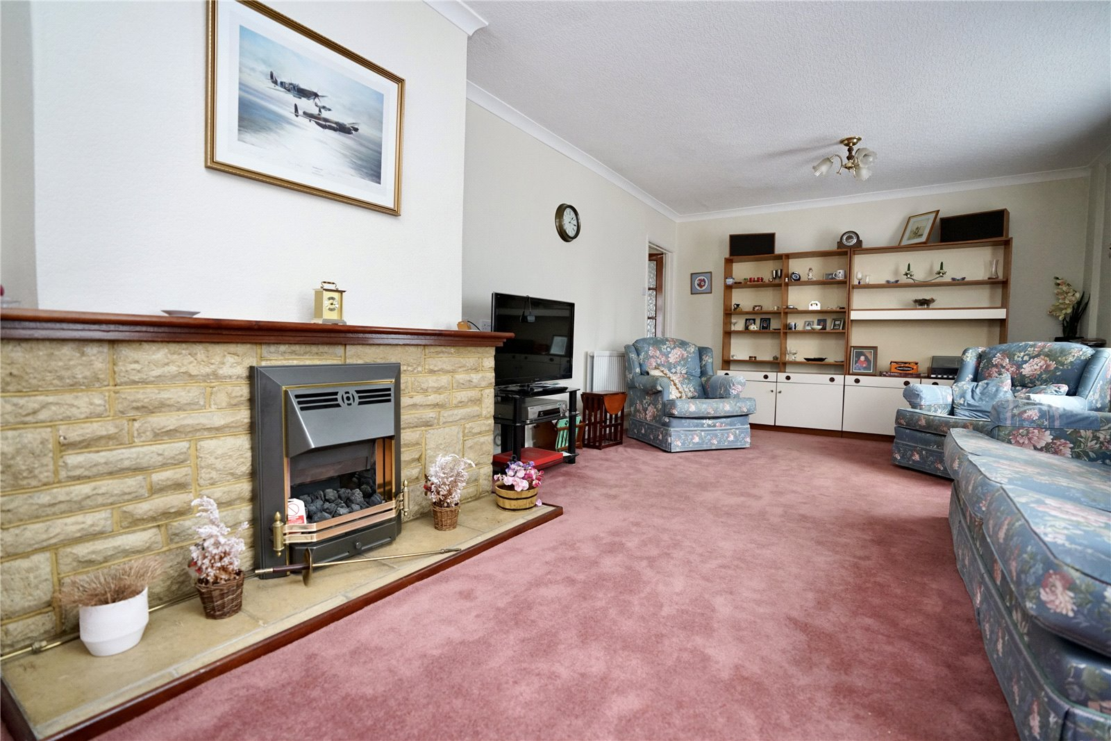 3 bed house for sale in Great North Road, Eaton Socon  - Property Image 3