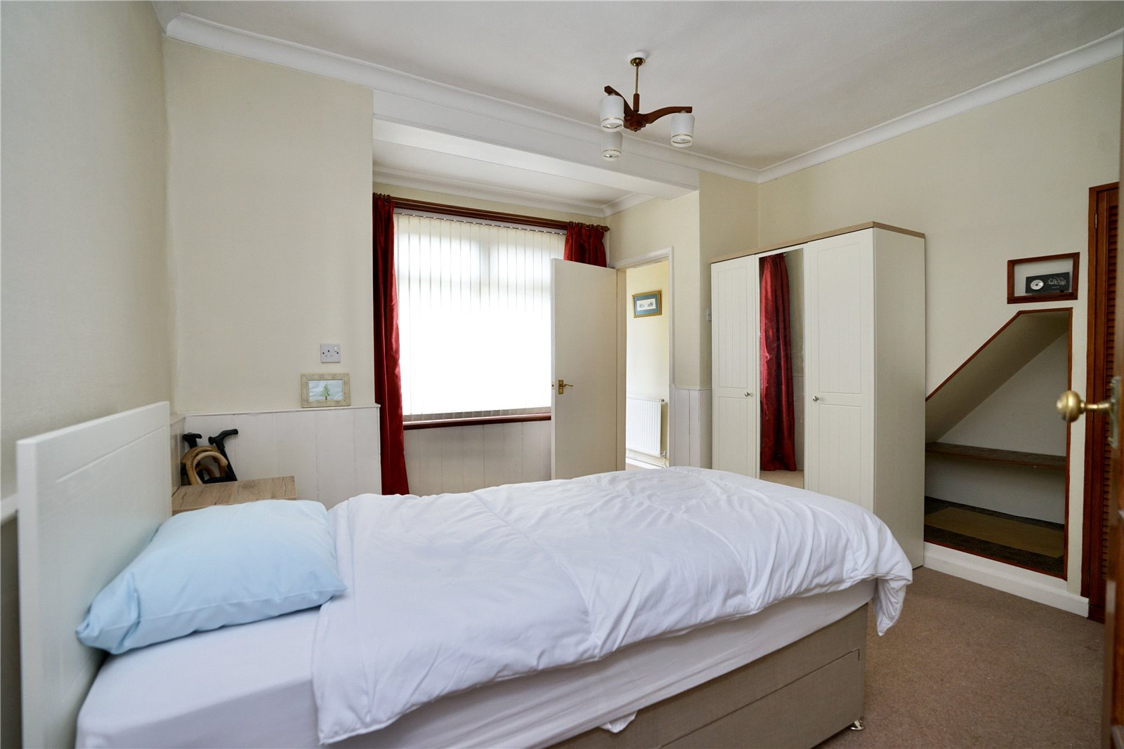 3 bed house for sale in Great North Road, Eaton Socon  - Property Image 8