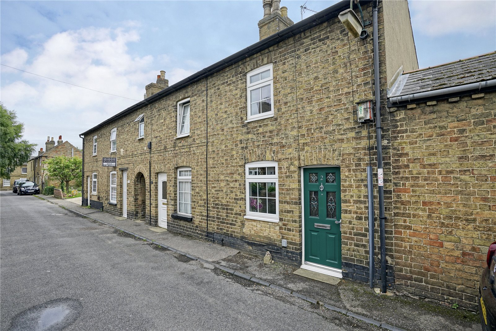 2 bed house for sale in Silver Street, Eynesbury 1