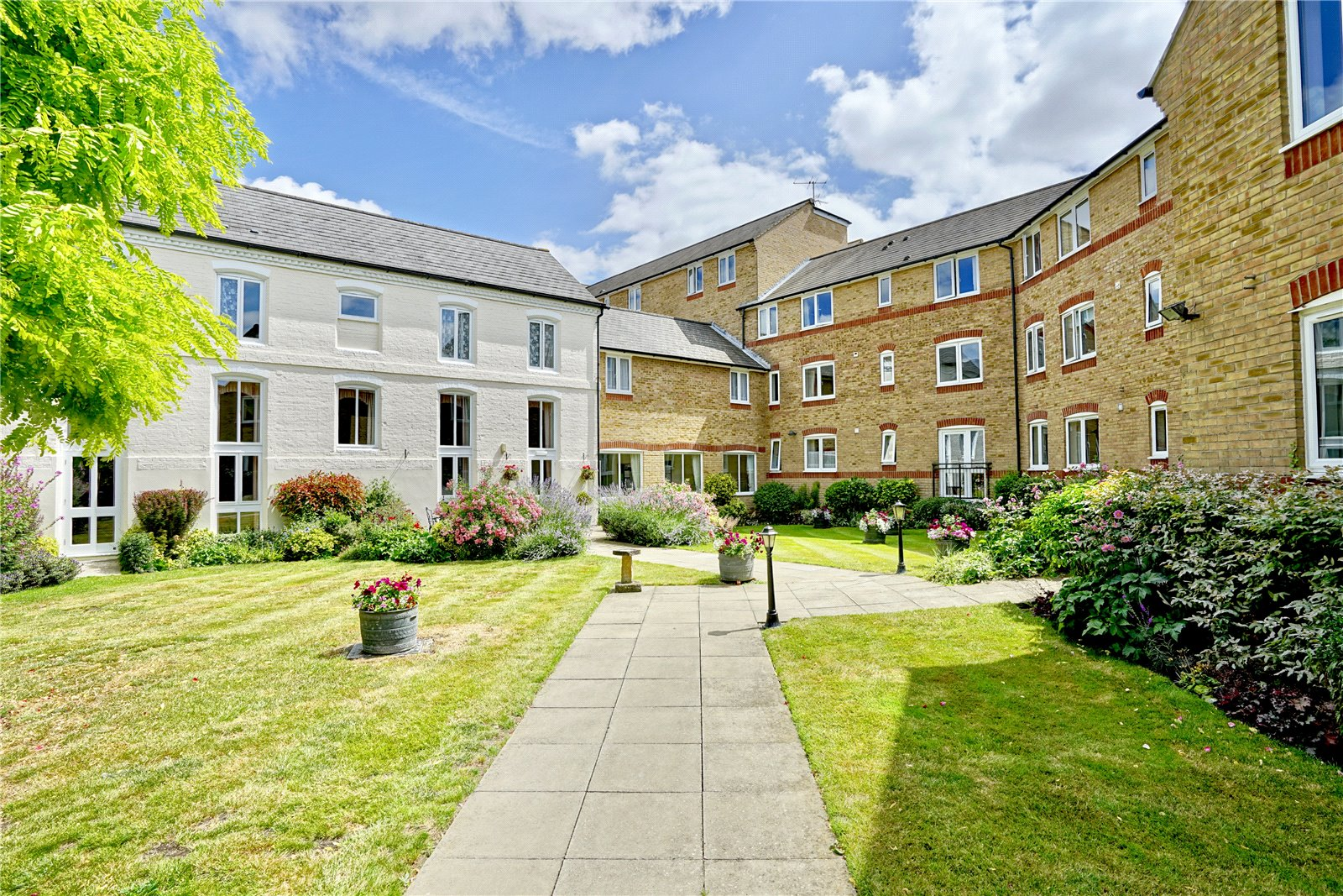 2 bed apartment for sale in Waterside Court, Church Street  - Property Image 3