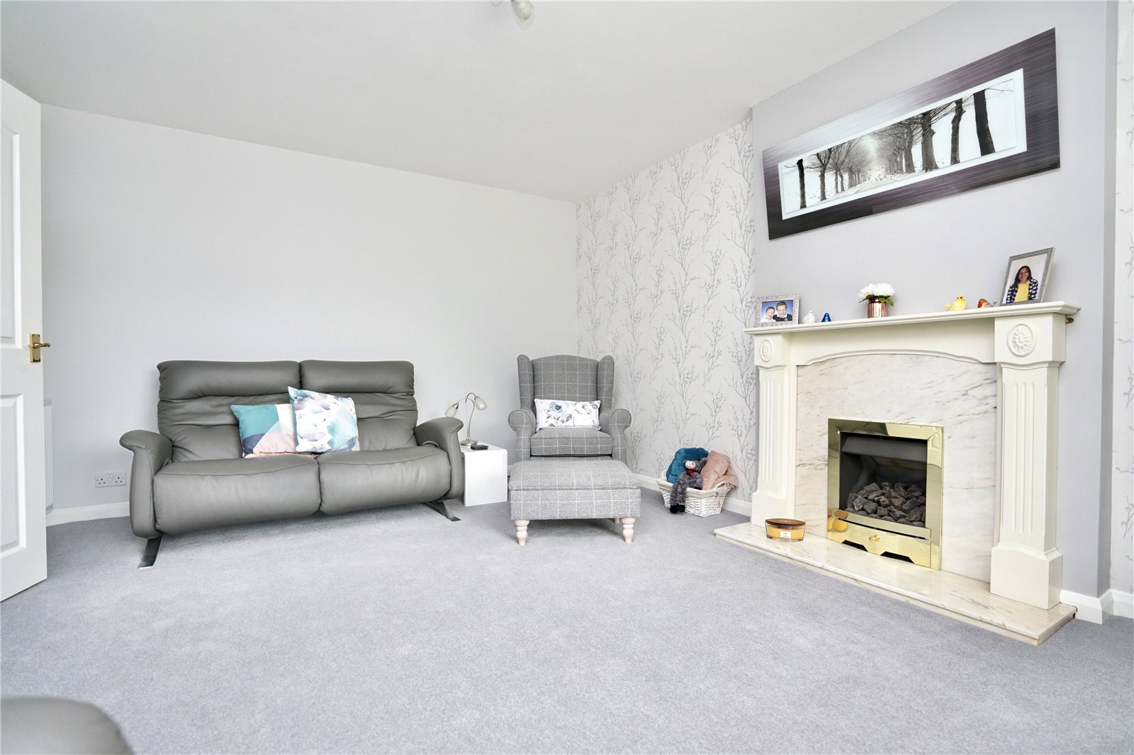 3 bed house for sale in Windsor Way, Sandy 1