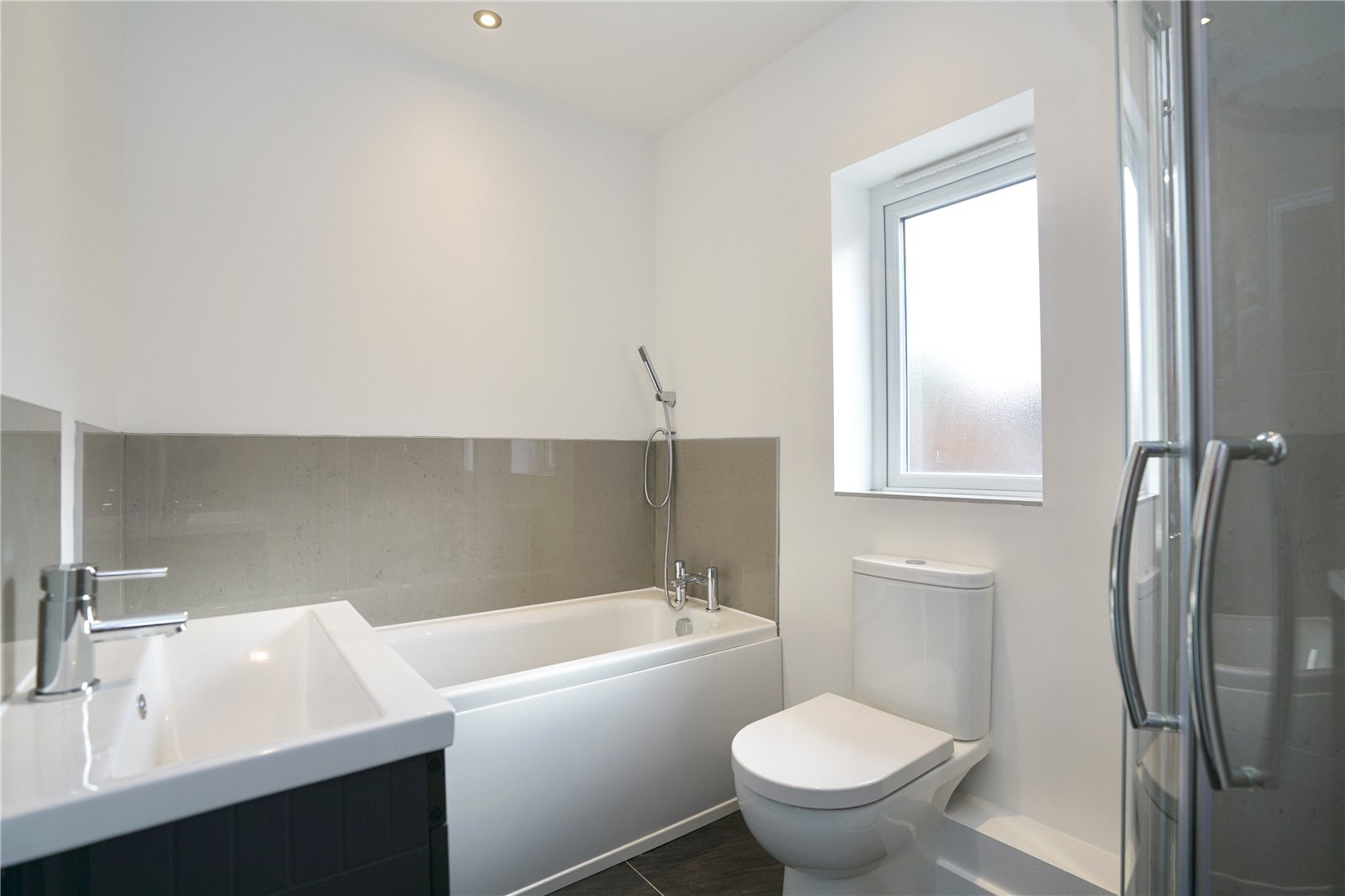 4 bed house for sale in High Street  - Property Image 7