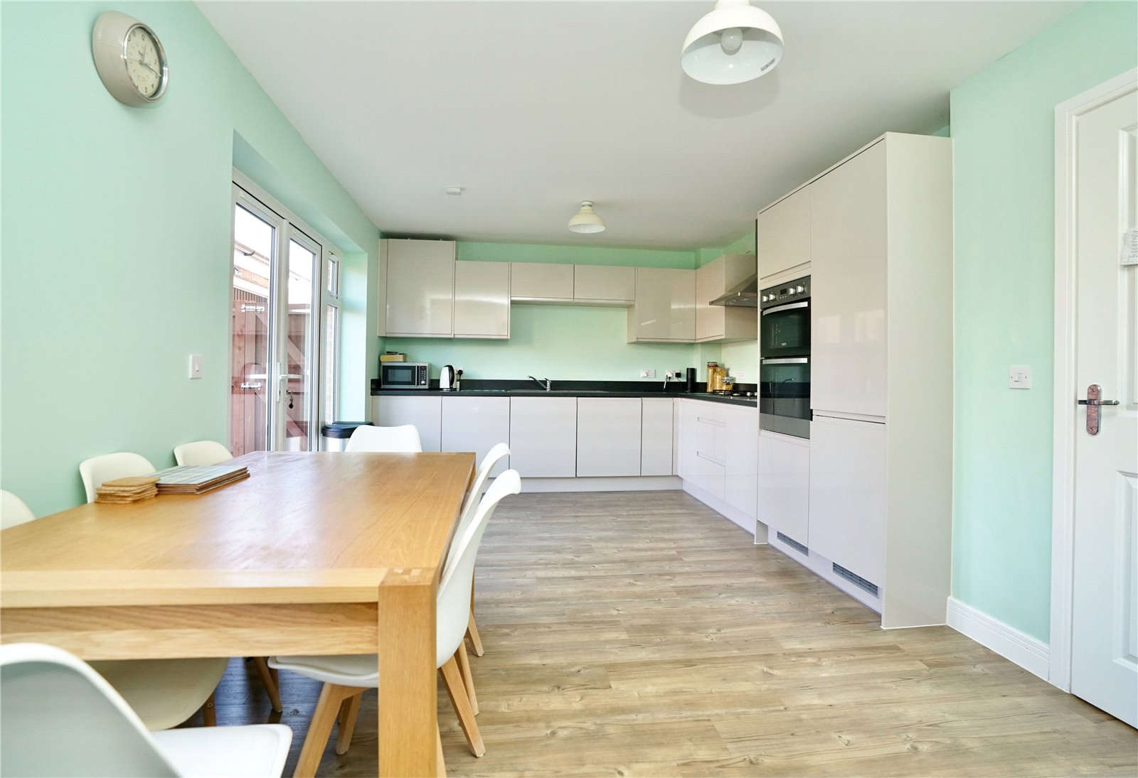 4 bed house for sale in Whinfell Close, Eaton Socon  - Property Image 2