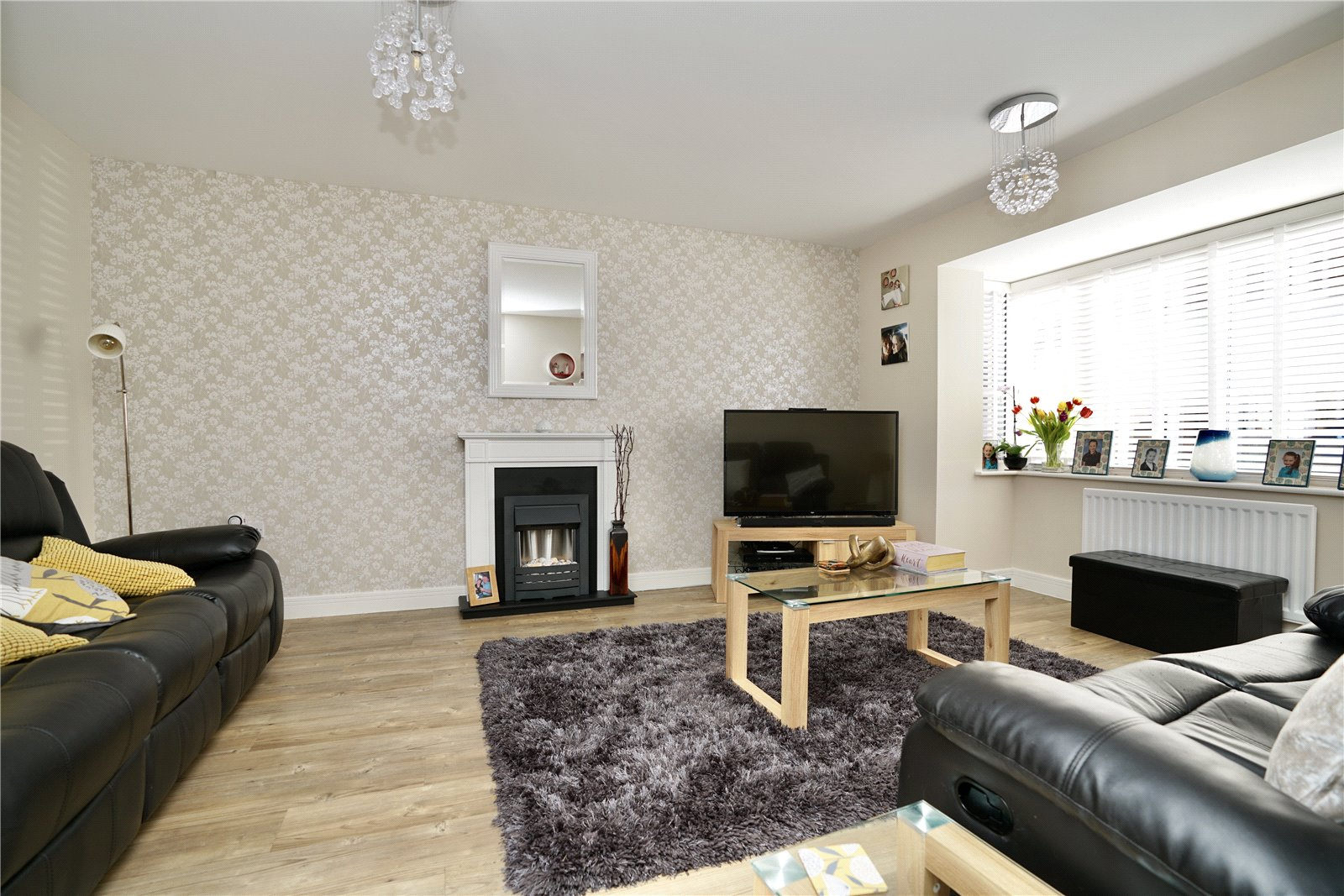 4 bed house for sale in Whinfell Close, Eaton Socon  - Property Image 3
