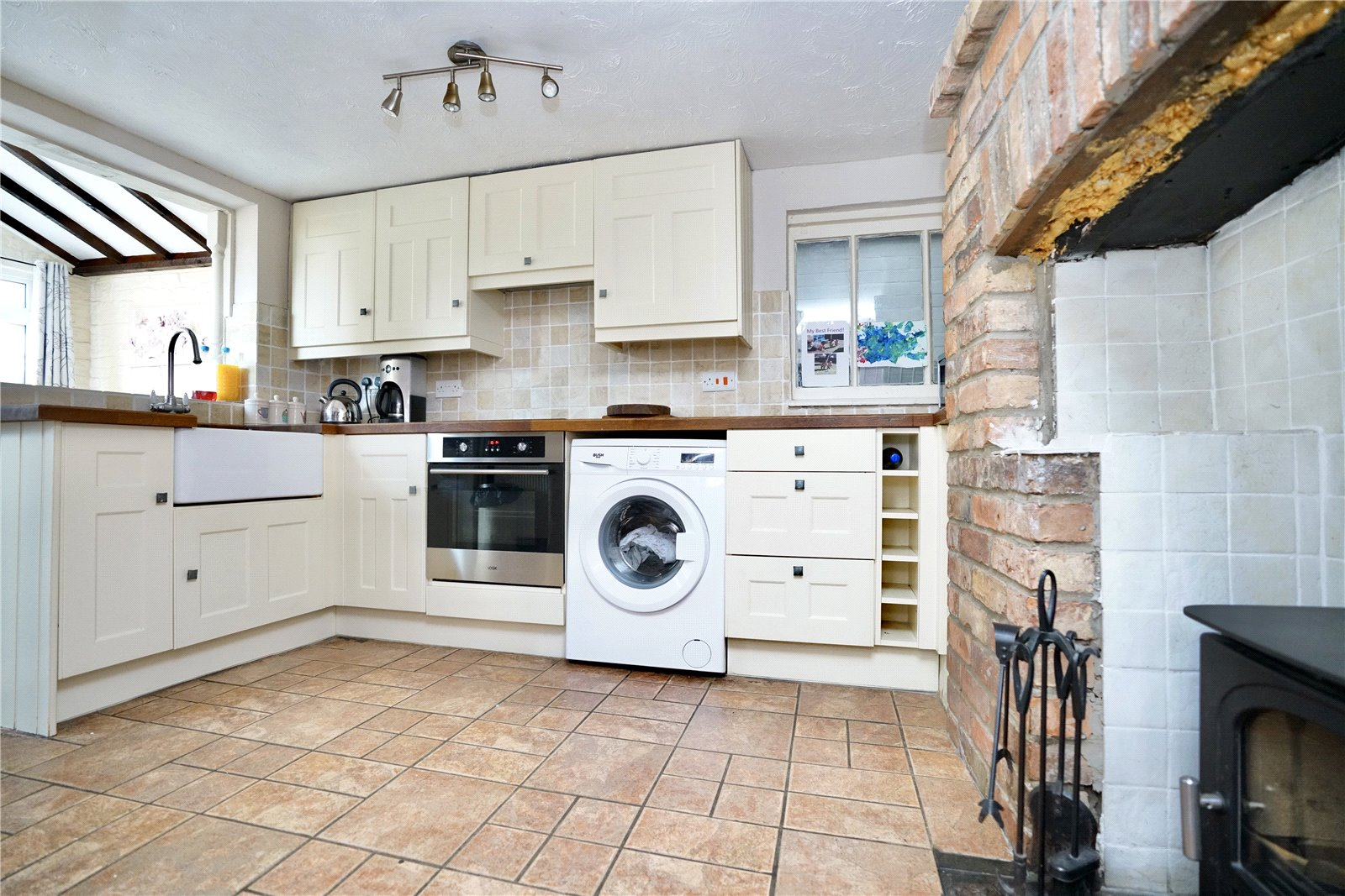 2 bed house for sale in Offord D'arcy 6