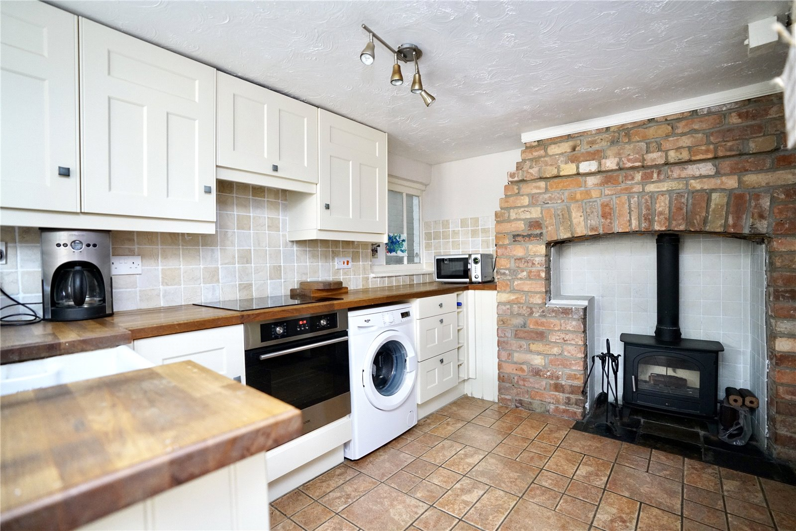 2 bed house for sale in Offord D'arcy  - Property Image 3