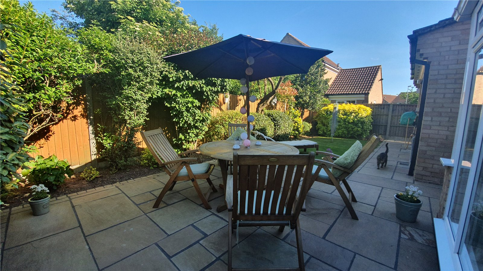 3 bed house for sale in Axis Way, Eaton Socon  - Property Image 4