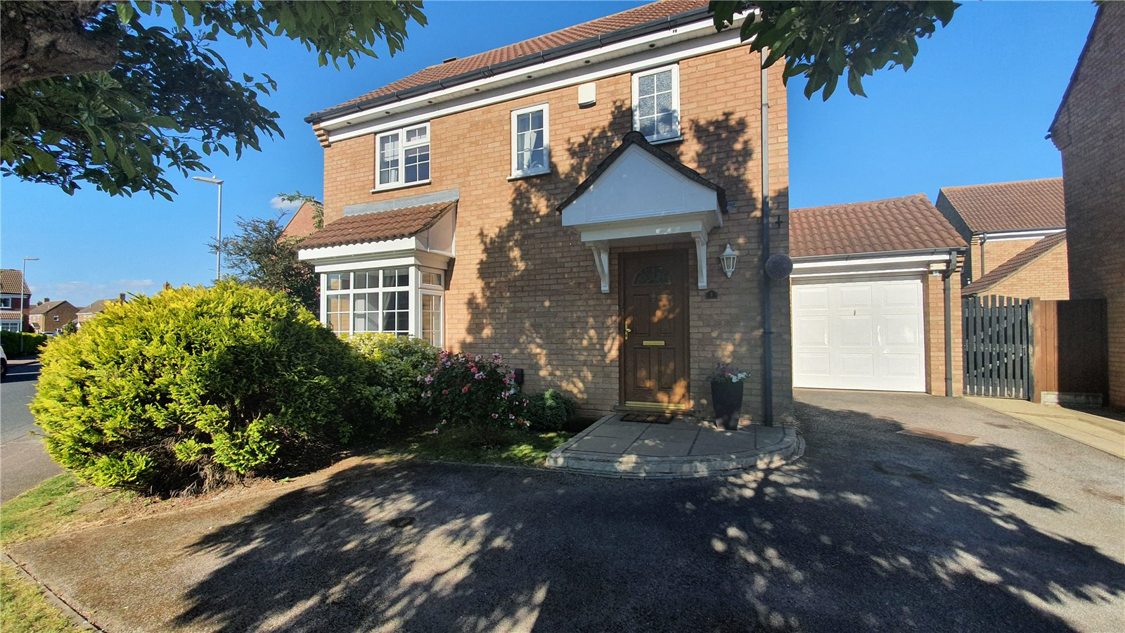 3 bed house for sale in Axis Way, Eaton Socon  - Property Image 14