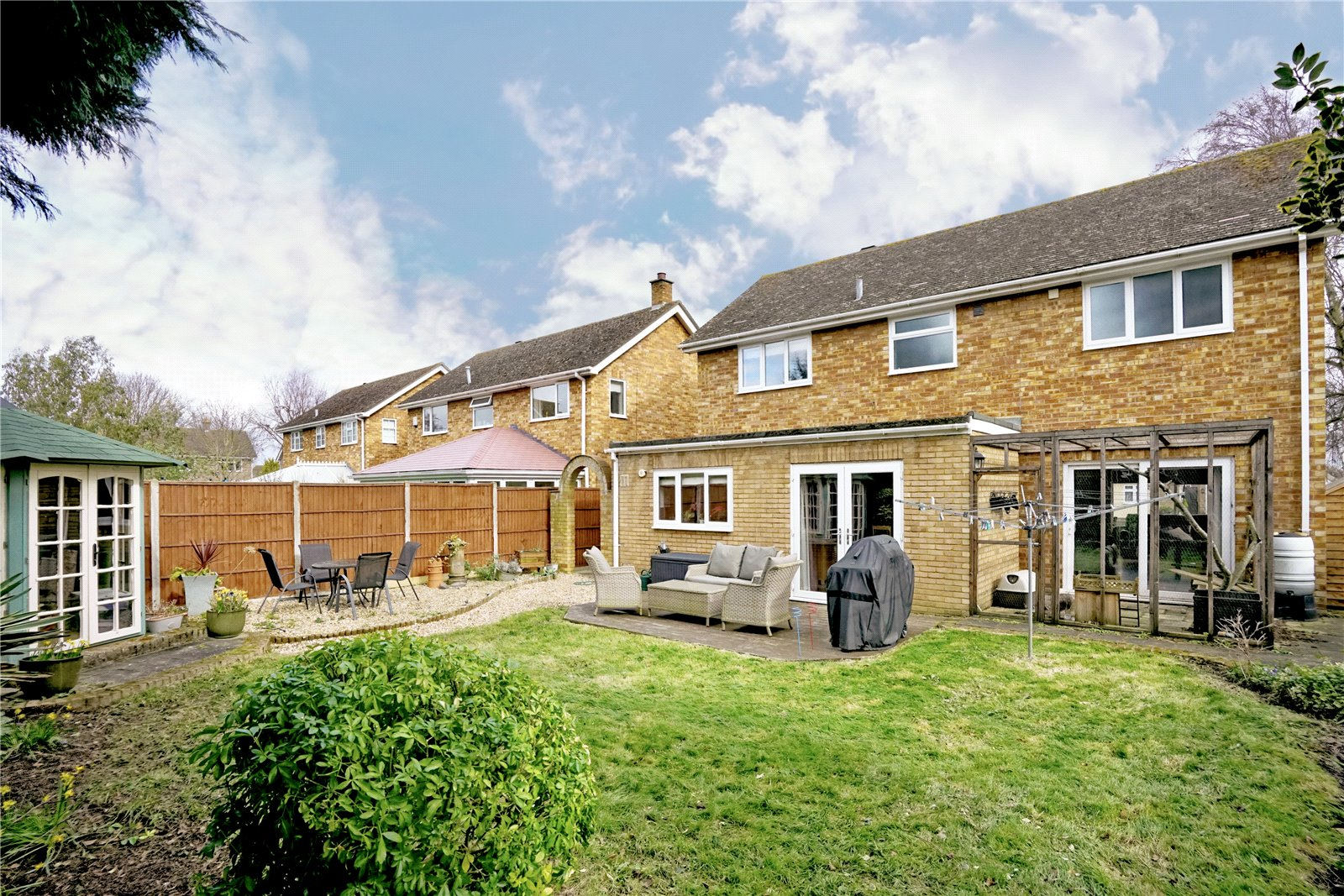 3 bed house for sale in Barley Road, Eaton Socon  - Property Image 9
