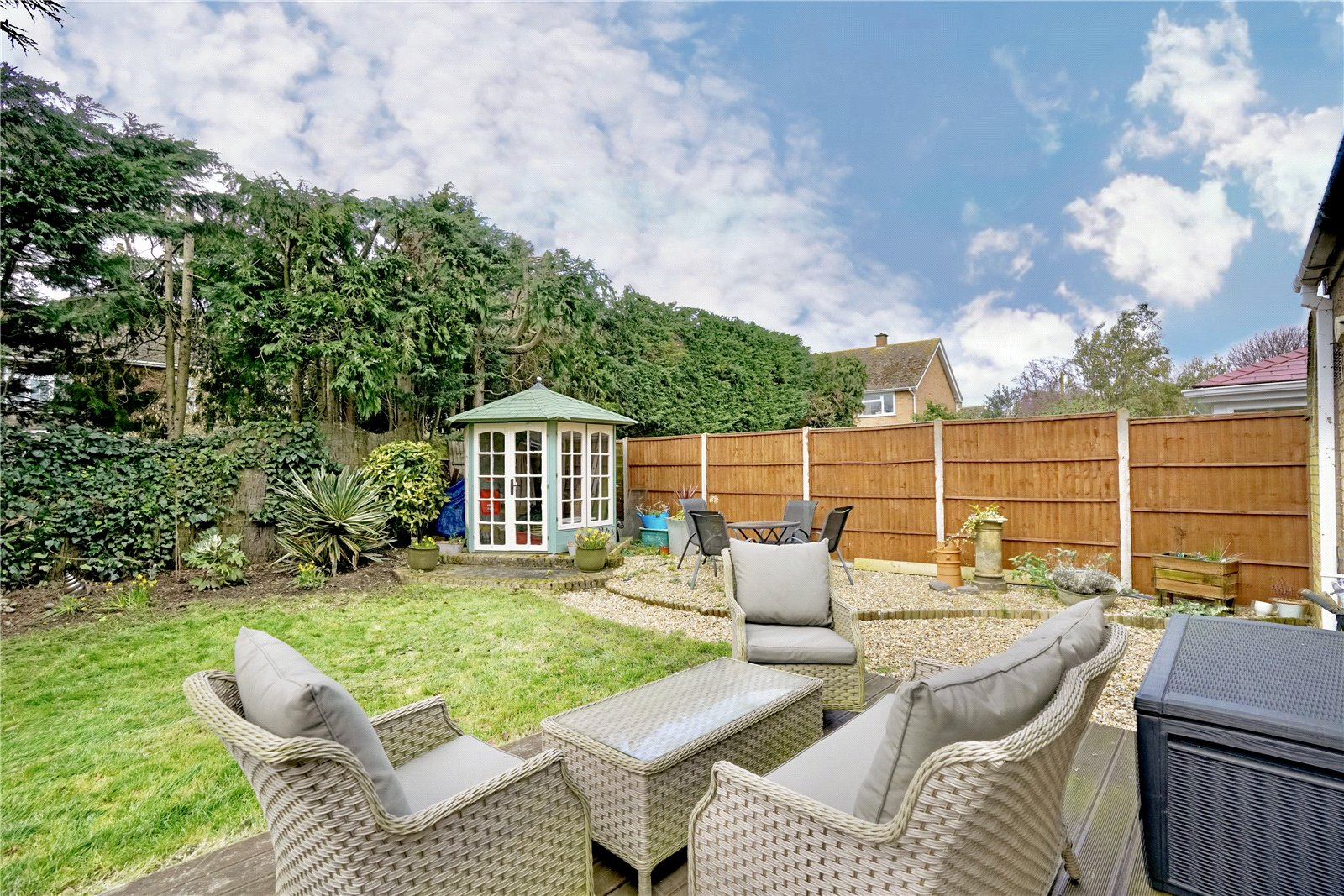 3 bed house for sale in Barley Road, Eaton Socon 9