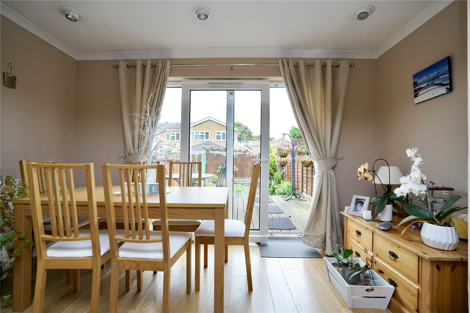 2 bed house for sale in Chestnut Walk, Little Paxton  - Property Image 5