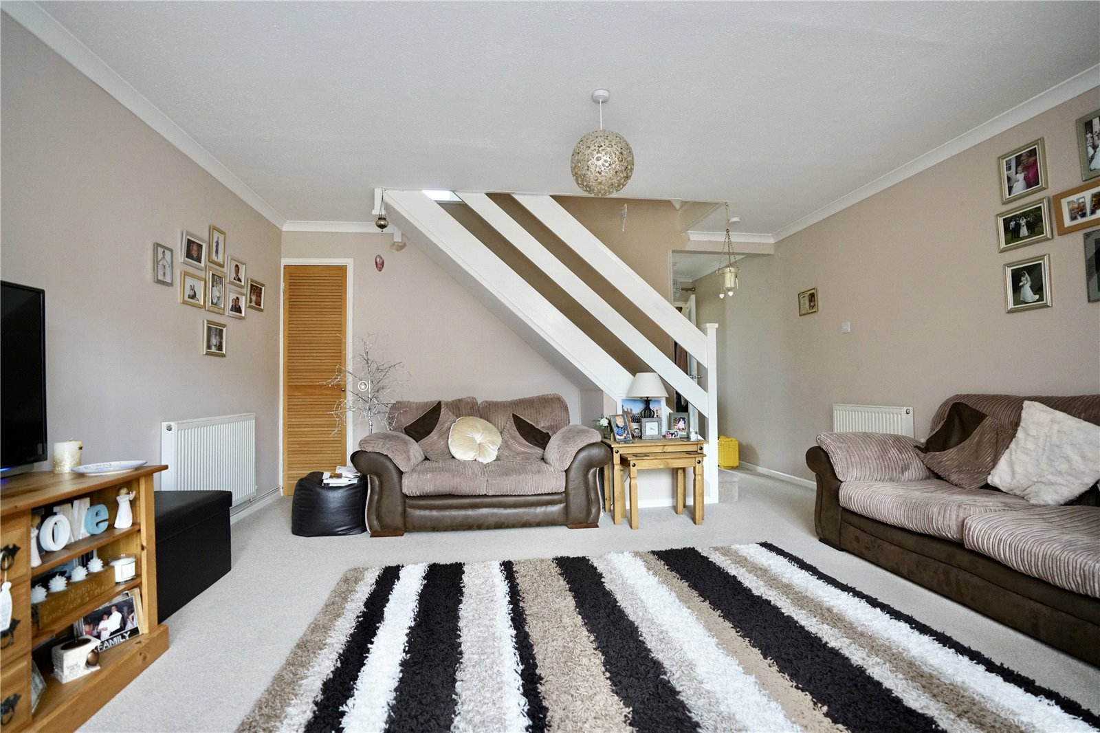 2 bed house for sale in Chestnut Walk, Little Paxton 2