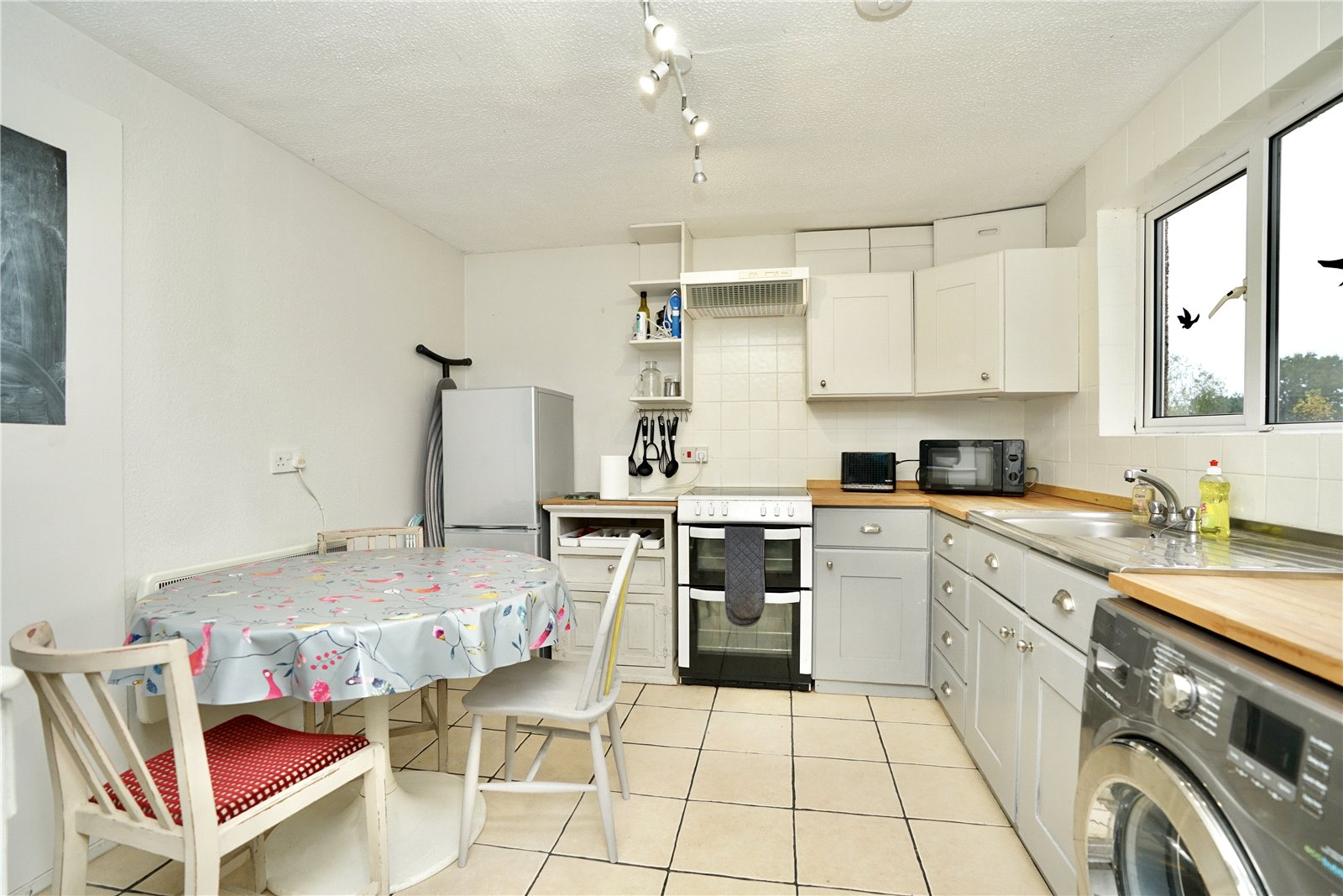 4 bed house for sale in Honeydon, Bedford  - Property Image 3
