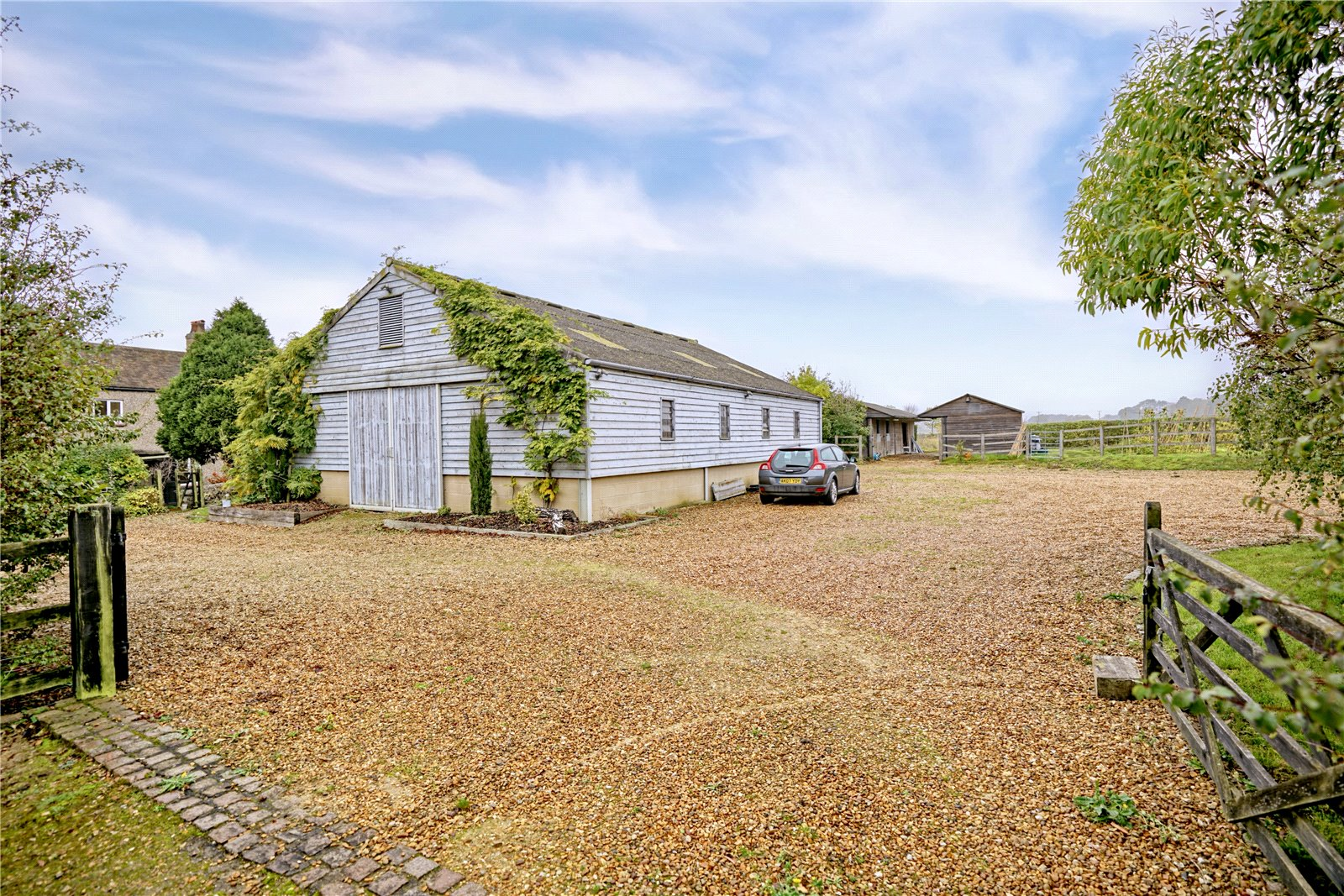 4 bed house for sale in Honeydon, Bedford  - Property Image 14