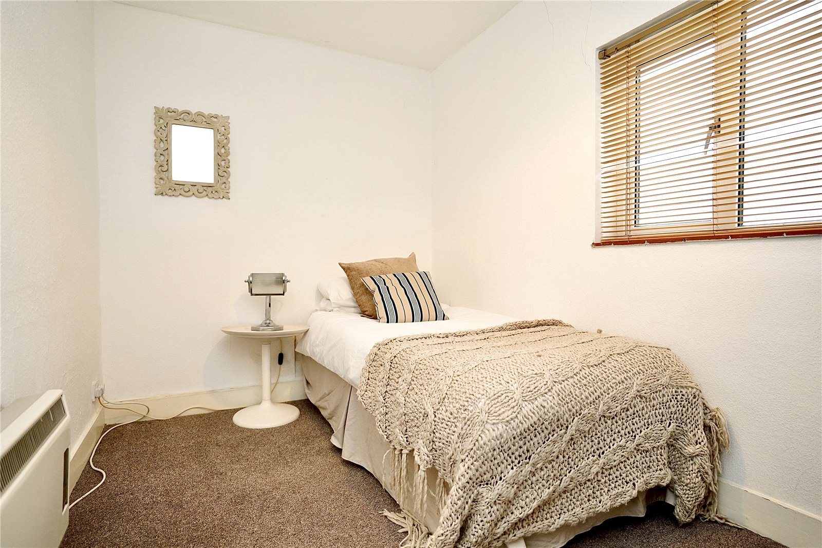4 bed house for sale in Honeydon, Bedford  - Property Image 10