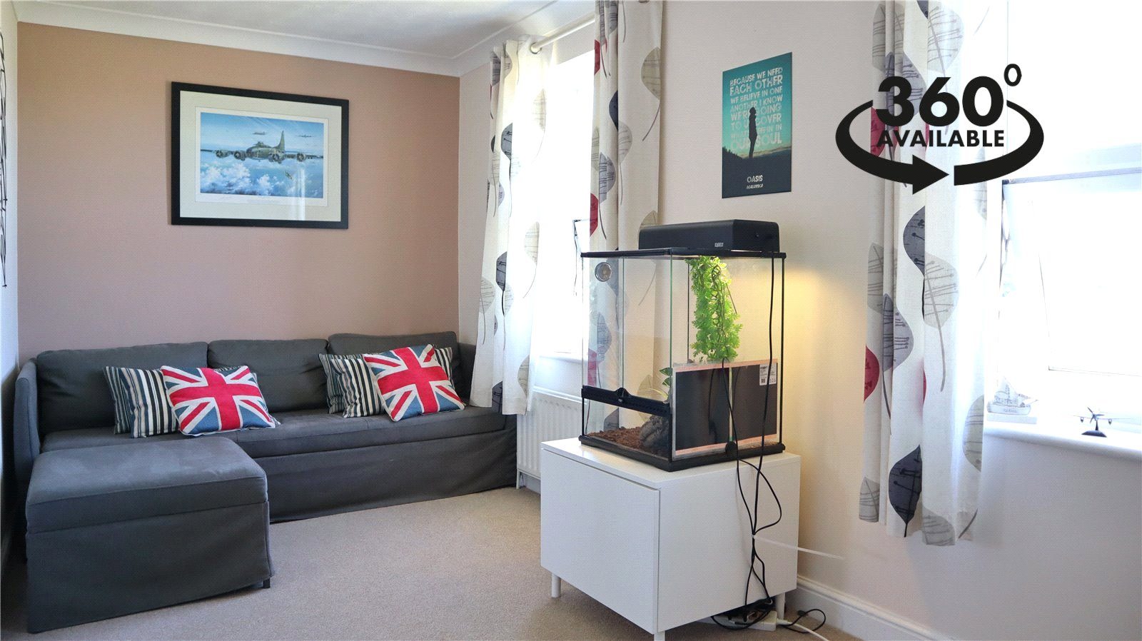 2 bed apartment for sale in Ferndale House, Ware Road - Property Image 1