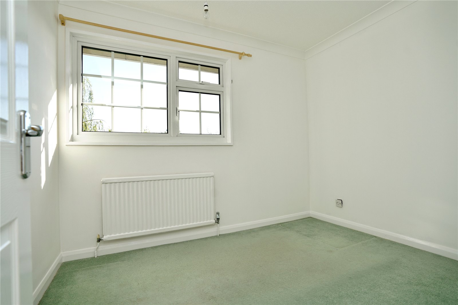 4 bed house for sale in All Hallows, Sandy 9