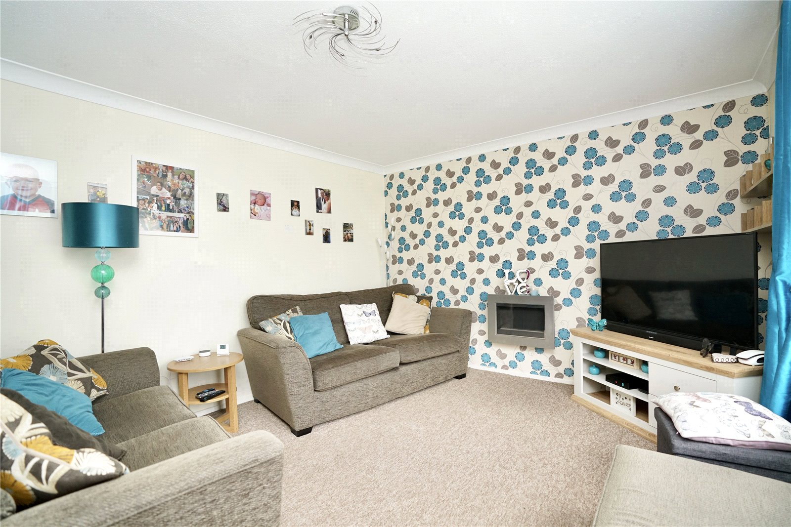 3 bed house for sale in Viscount Court, Eaton Socon 2