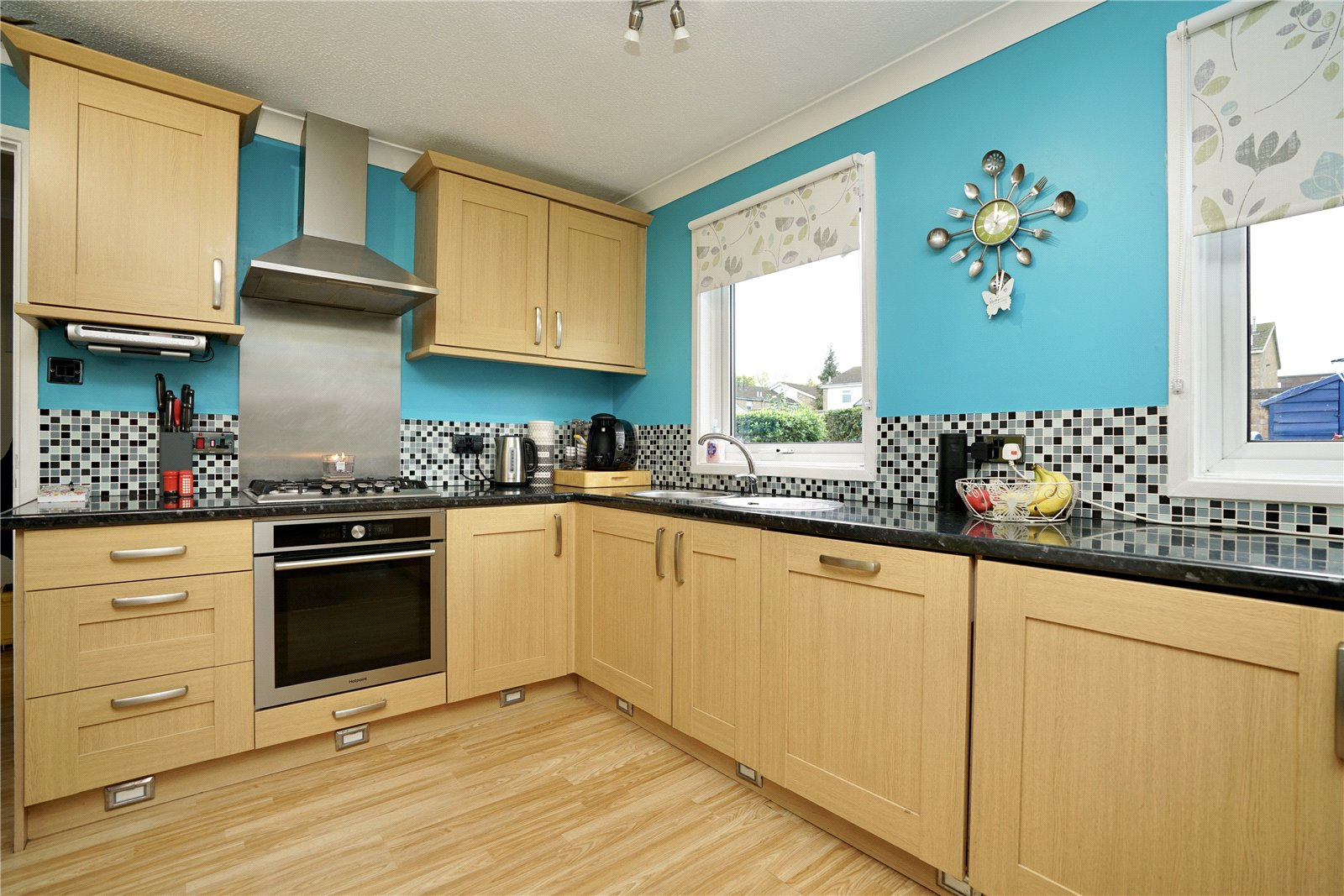 3 bed house for sale in Viscount Court, Eaton Socon 1