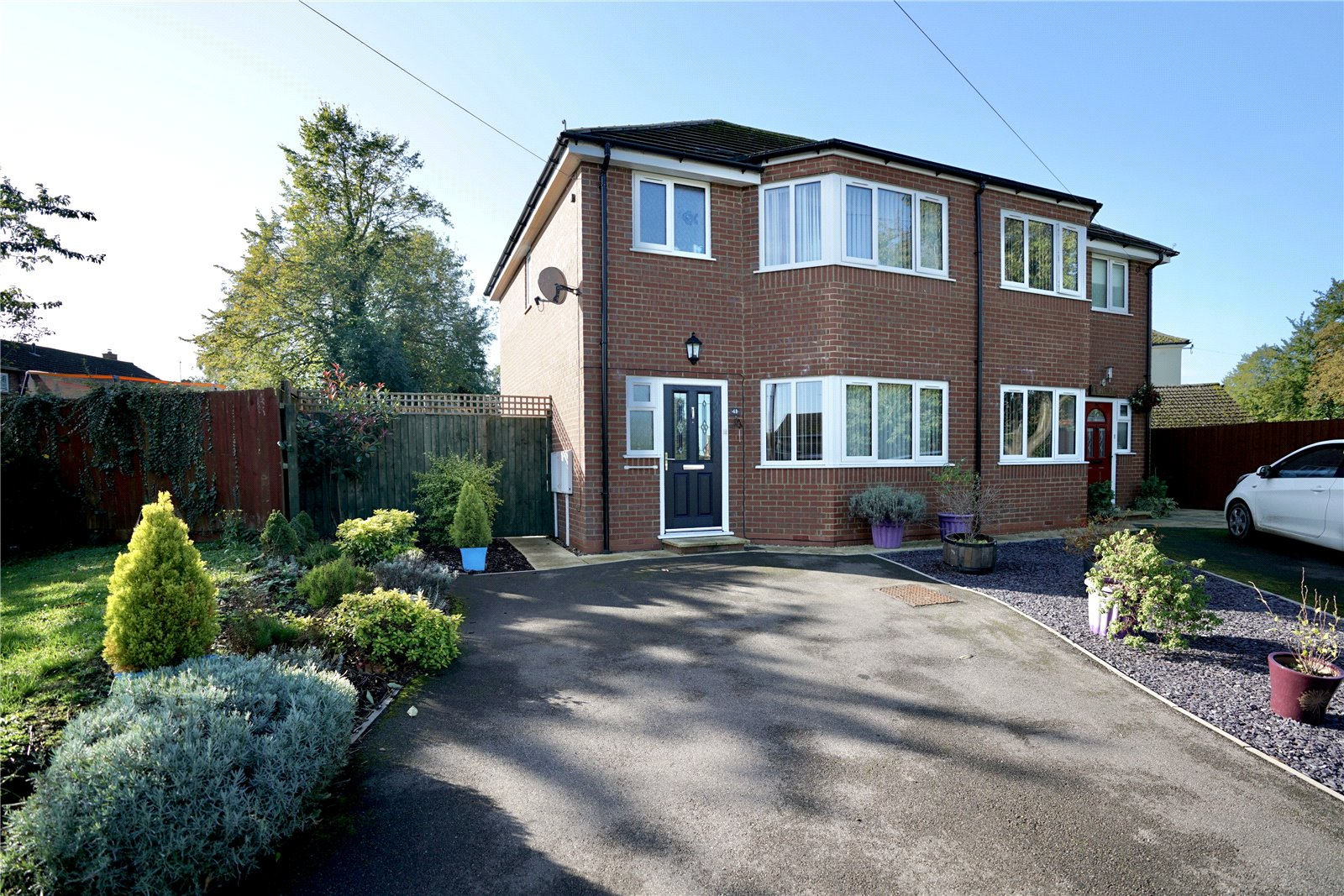 3 bed house for sale in Higham Ferrers, NN10