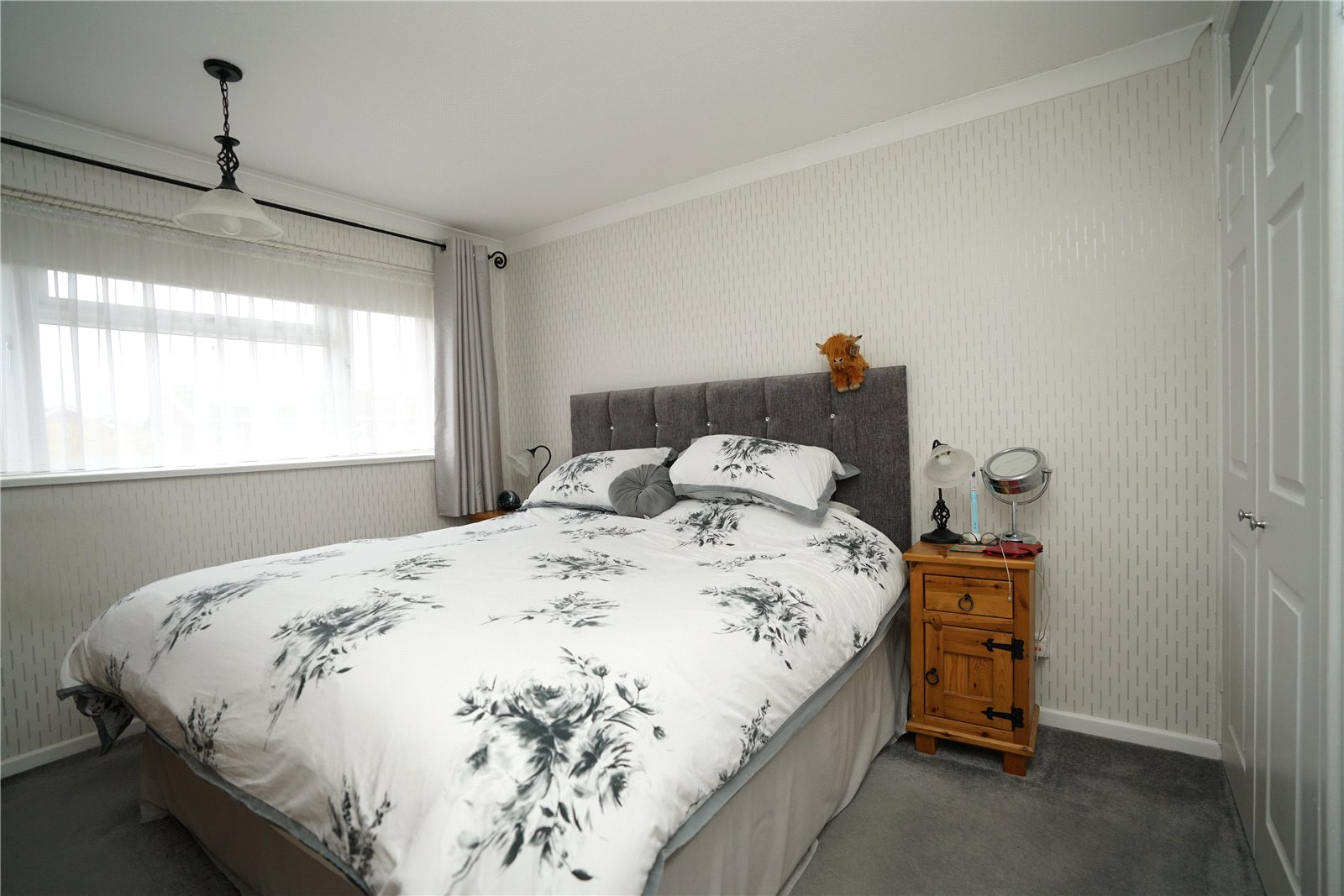 3 bed house for sale in Gainsborough Avenue, Eaton Ford  - Property Image 6