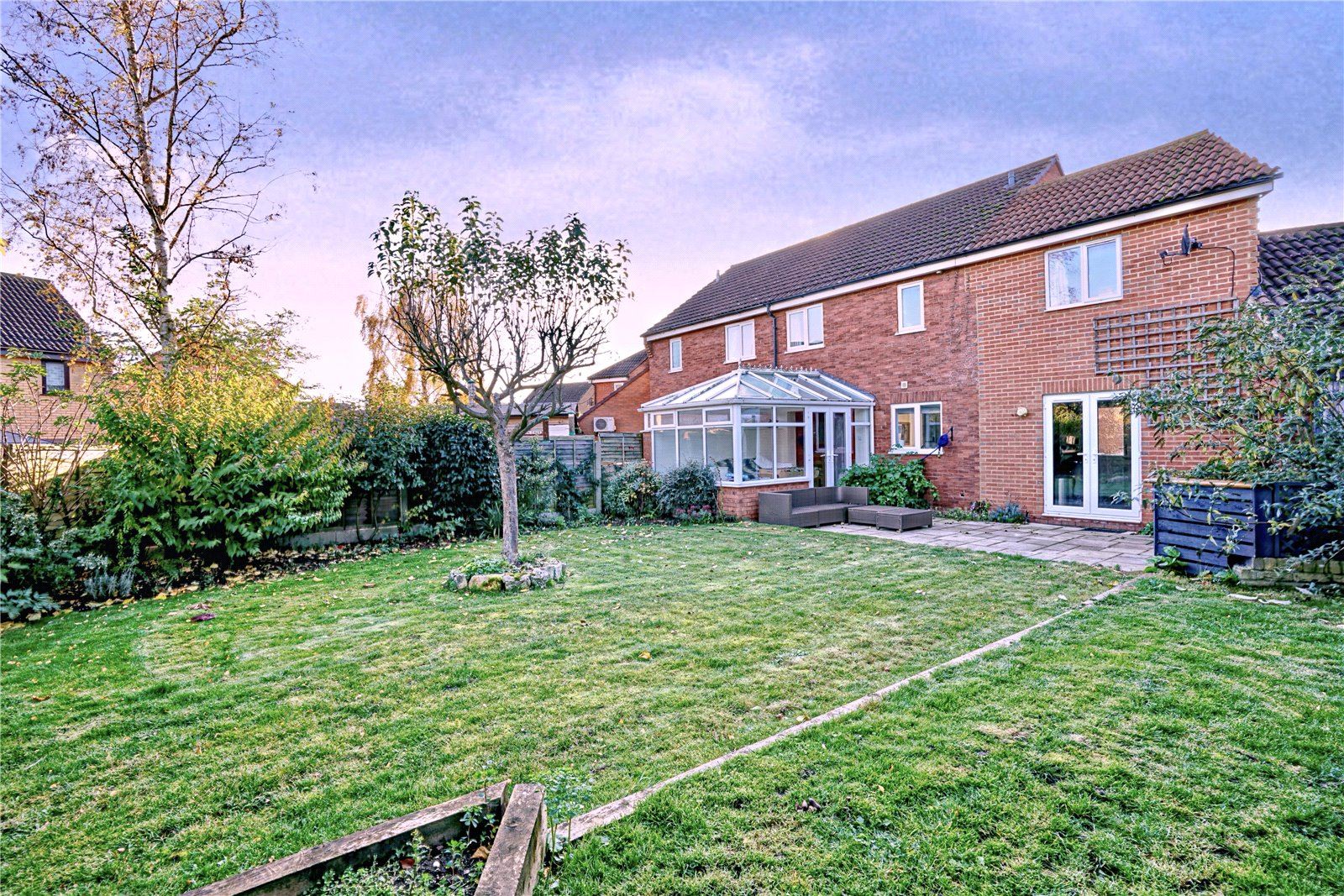 4 bed house for sale in Codrington Court, Eaton Socon 0