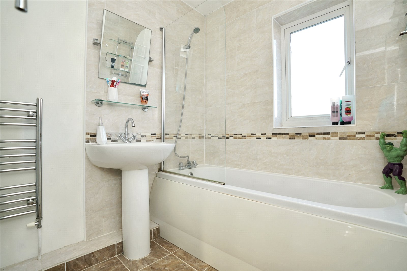 4 bed house for sale in Codrington Court, Eaton Socon  - Property Image 6