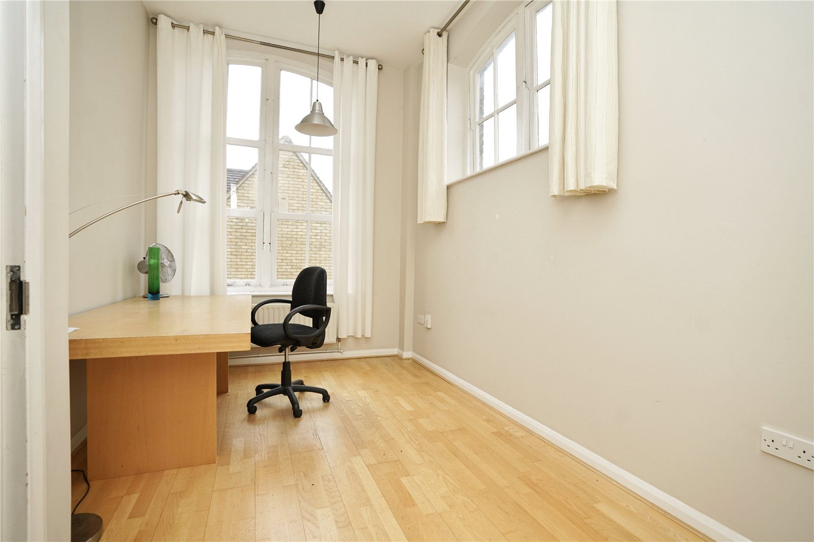 3 bed apartment for sale in Chandlers Wharf, St. Neots  - Property Image 7
