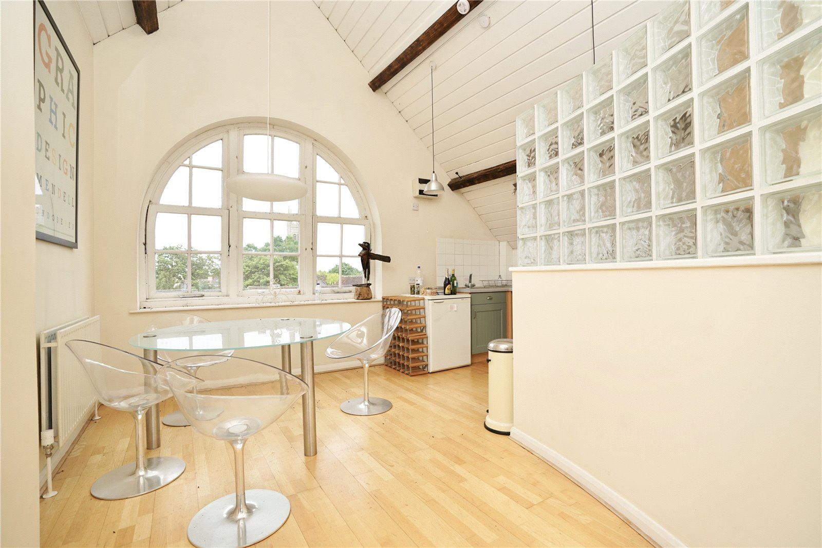 3 bed apartment for sale in Chandlers Wharf, St. Neots  - Property Image 3
