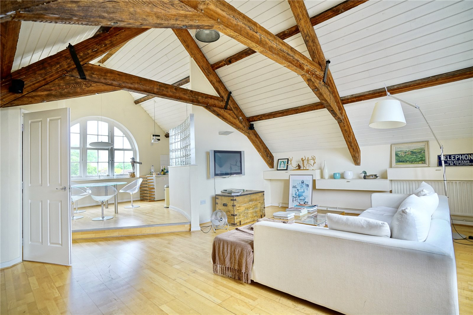 3 bed apartment for sale in Chandlers Wharf, St. Neots  - Property Image 1