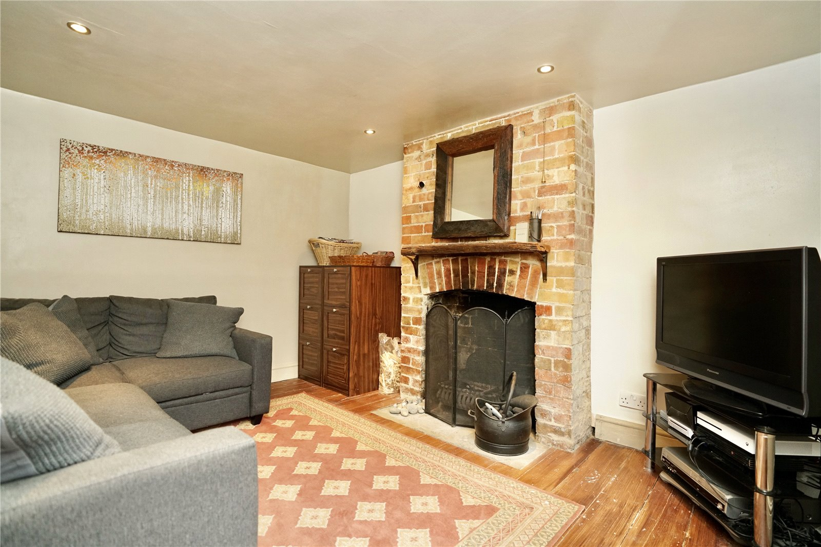 4 bed for sale in The Town, Great Staughton  - Property Image 4