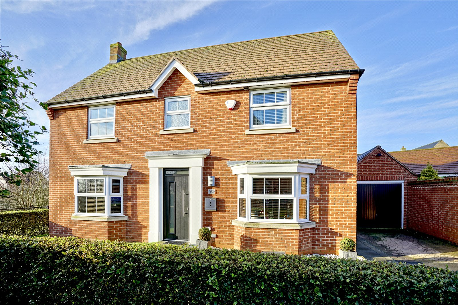 4 bed house for sale in Lannesbury Crescent, St. Neots - Property Image 1