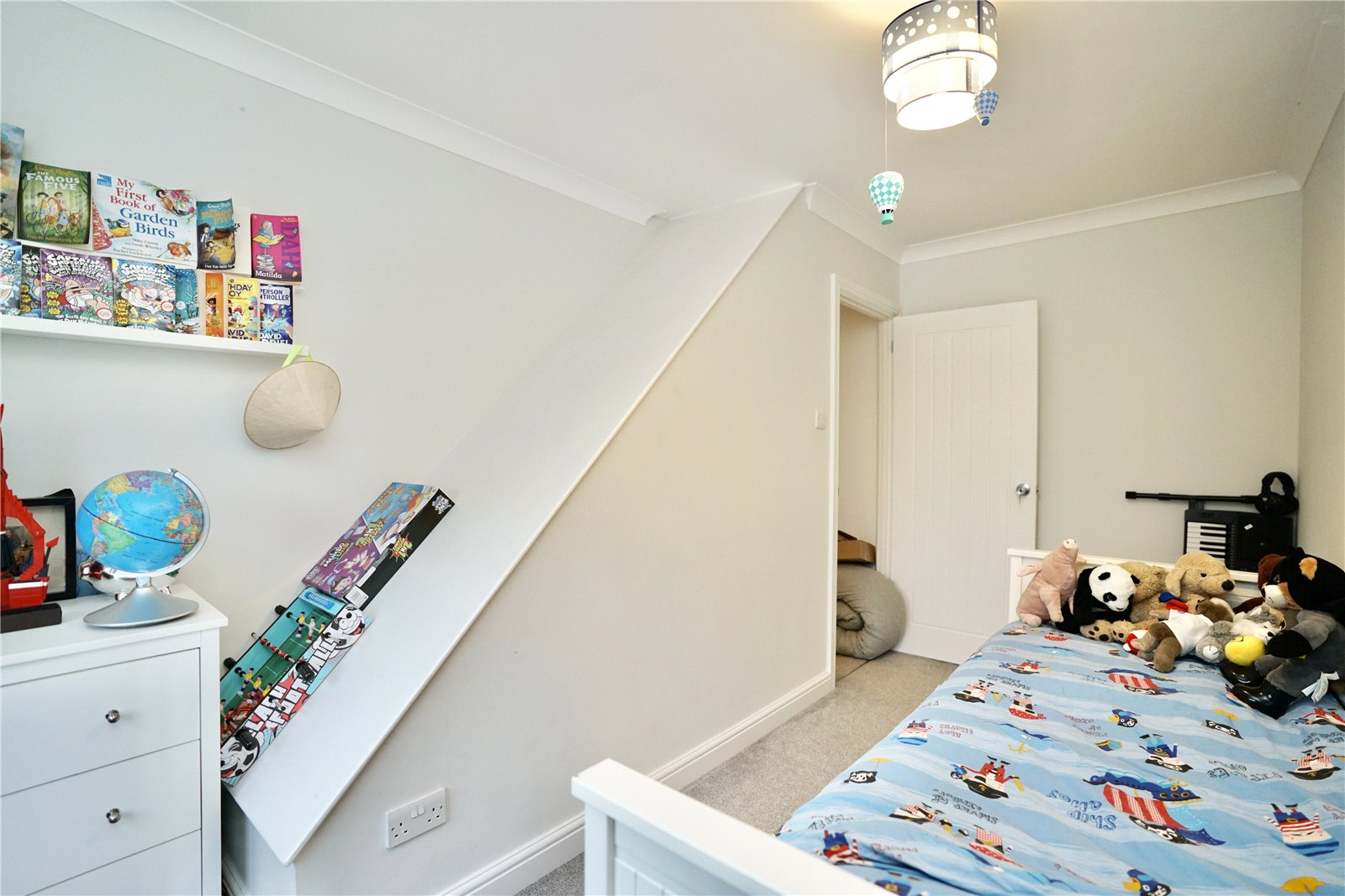 2 bed house for sale in Dennis Green, Gamlingay  - Property Image 1