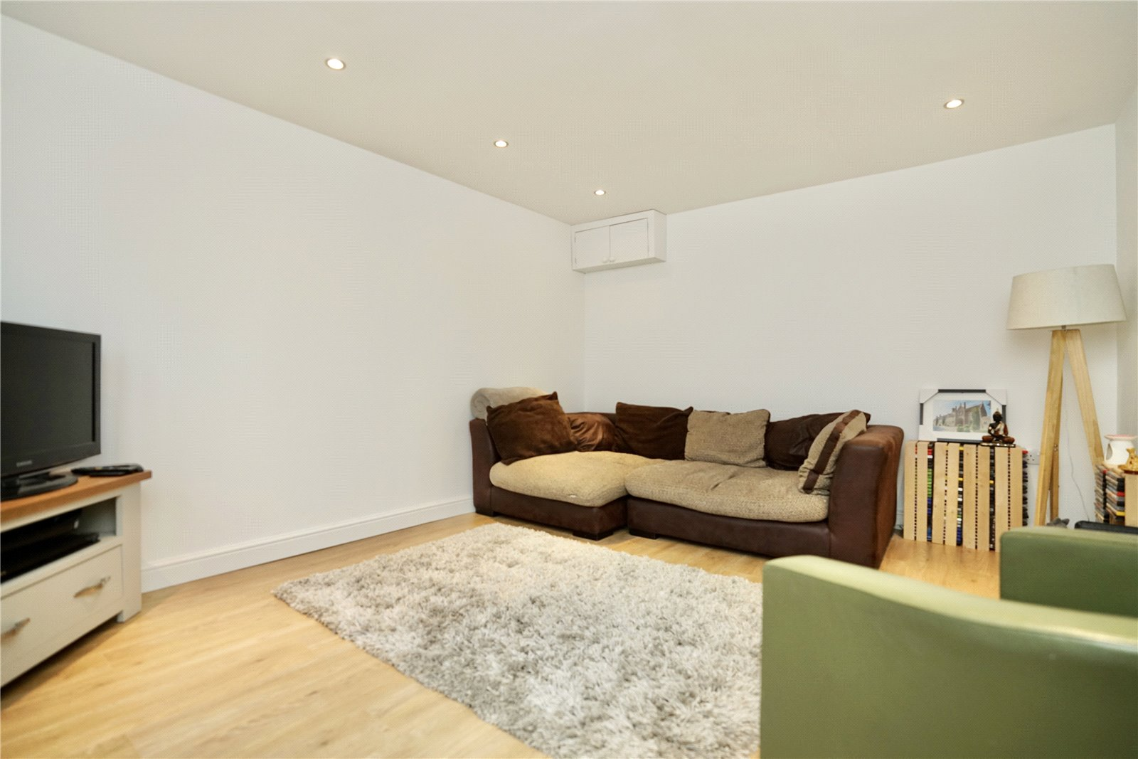 2 bed house for sale in Dennis Green, Gamlingay 1