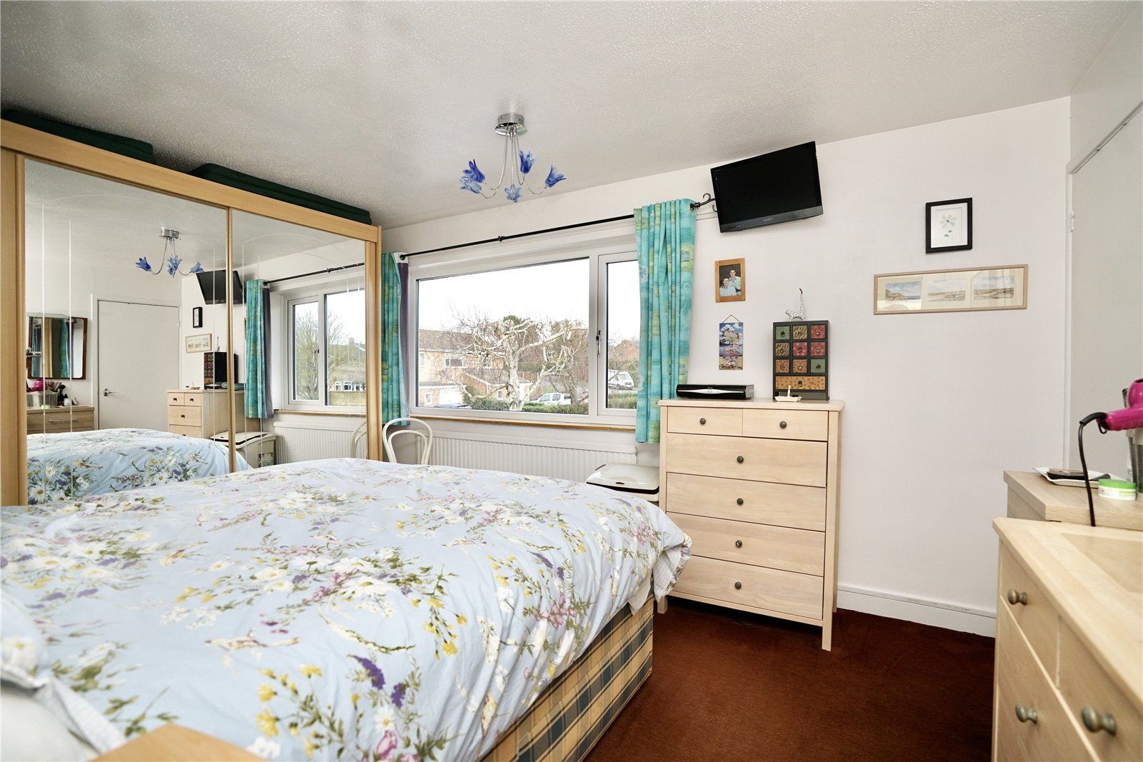 3 bed house for sale in Green Acres, Gamlingay  - Property Image 8