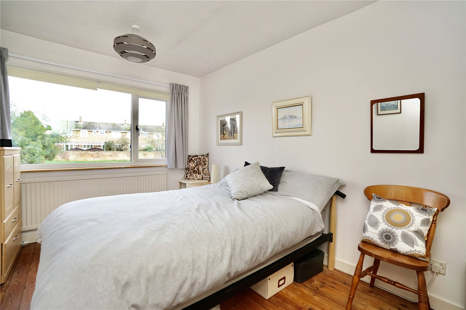 3 bed house for sale in Green Acres, Gamlingay  - Property Image 9