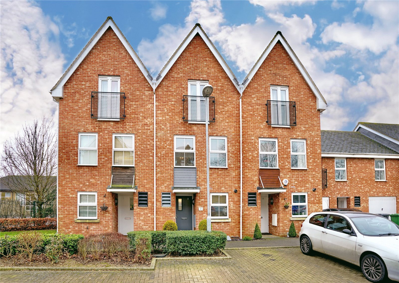 4 bed house for sale in Eaton Socon, Linton Close, PE19 8GY  - Property Image 1