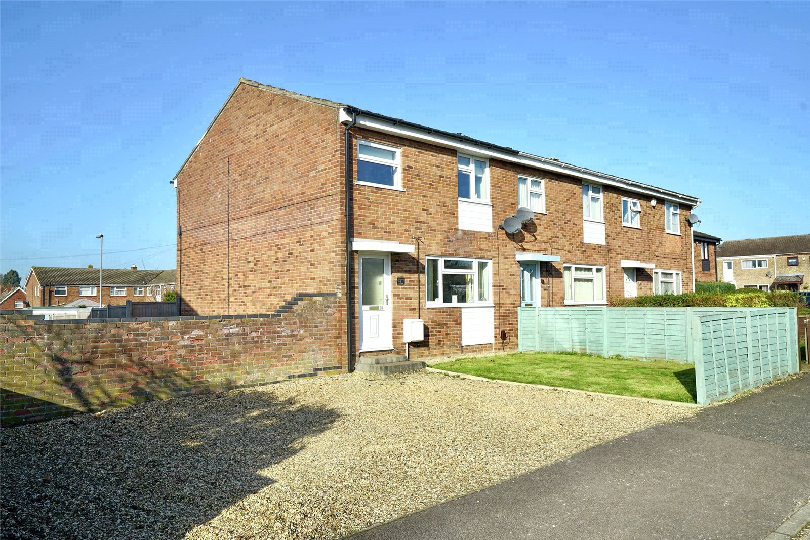 3 bed house for sale in Henbrook, St. Neots 0