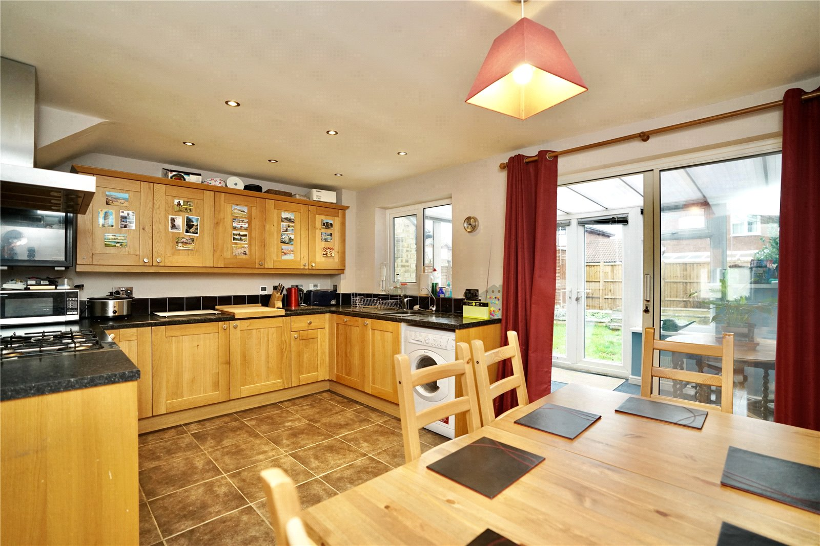 3 bed house for sale in Pembroke Avenue, Eynesbury  - Property Image 4