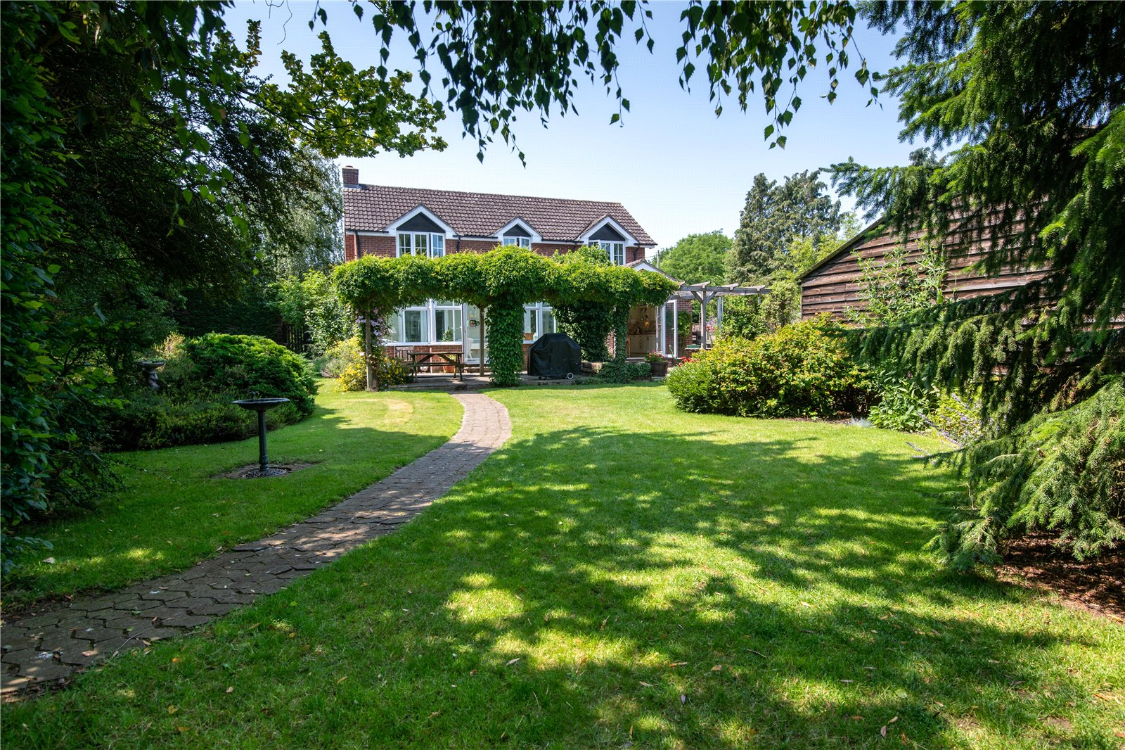 5 bed house for sale in Rookery Road, Wyboston 9