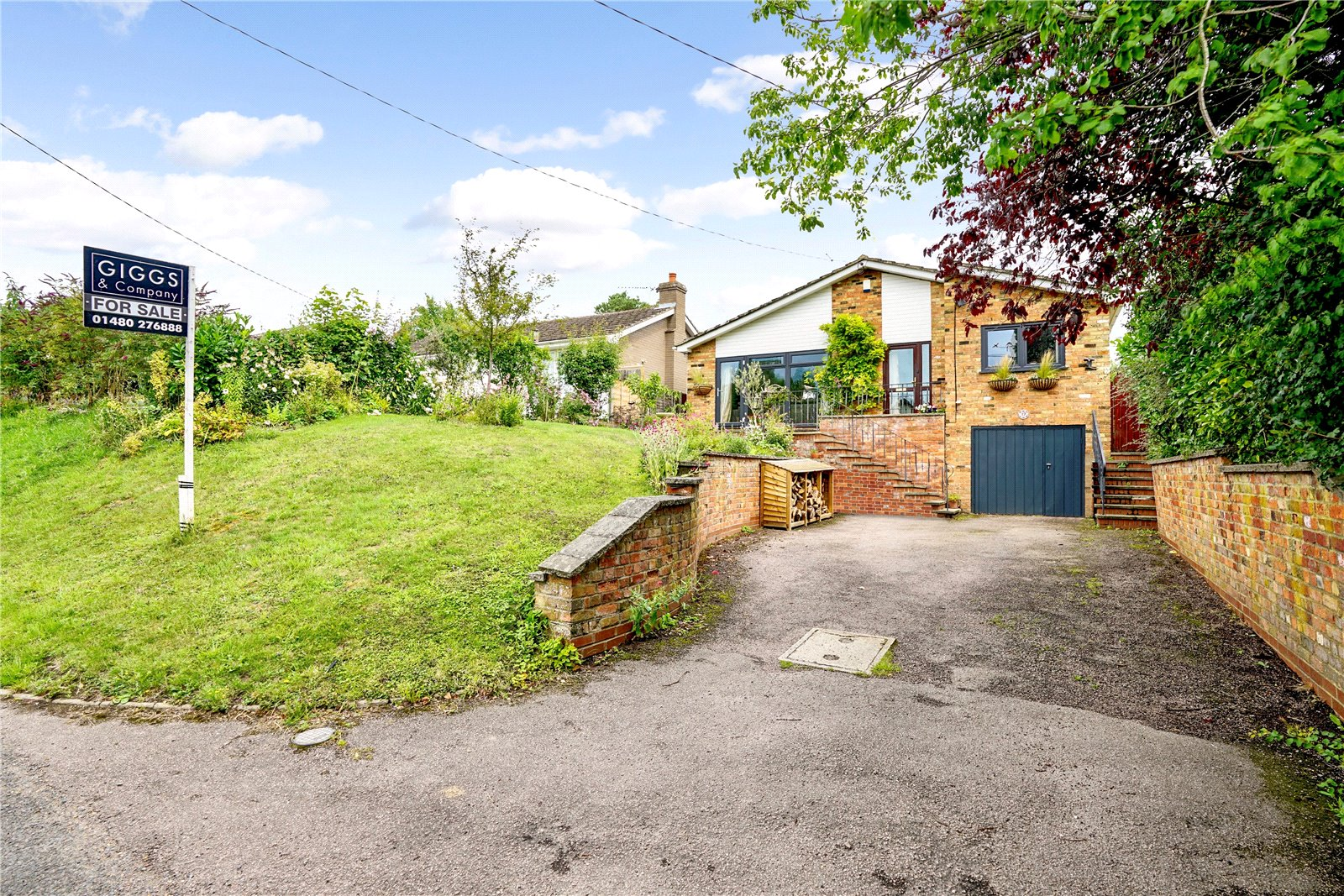 4 bed house for sale in Great Gransden, SG19 3AG - Property Image 1