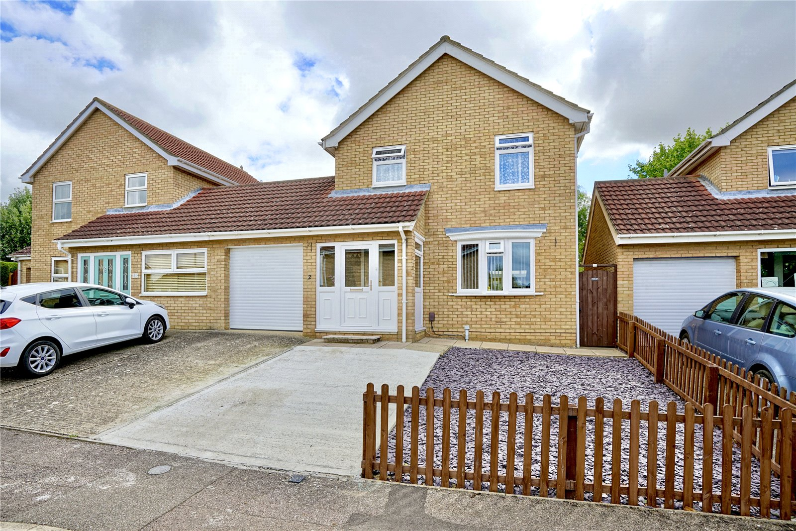 3 bed house for sale in Royal Court, Eaton Socon, PE19