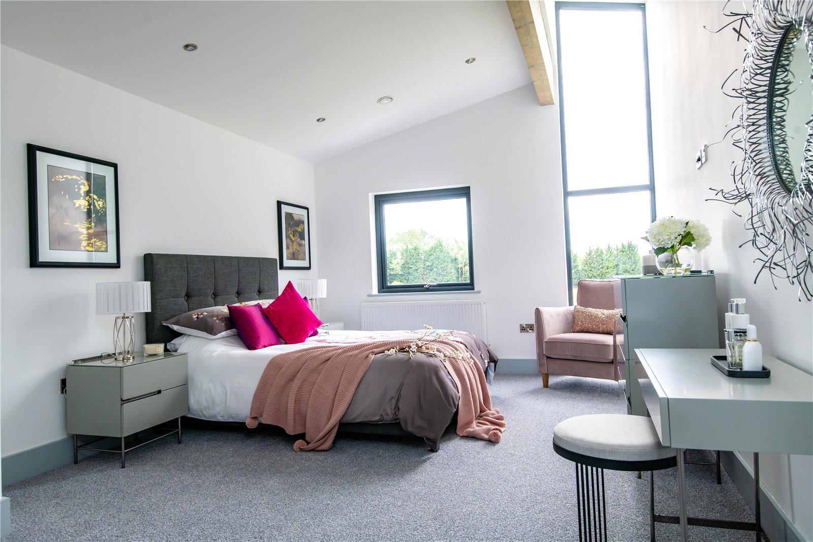 4 bed house for sale in The Range, Eynesbury Hardwicke  - Property Image 2