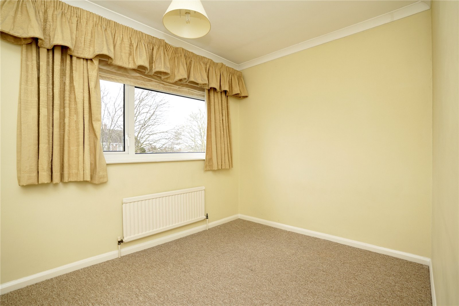 4 bed house for sale in Manor Close, Great Staughton  - Property Image 9