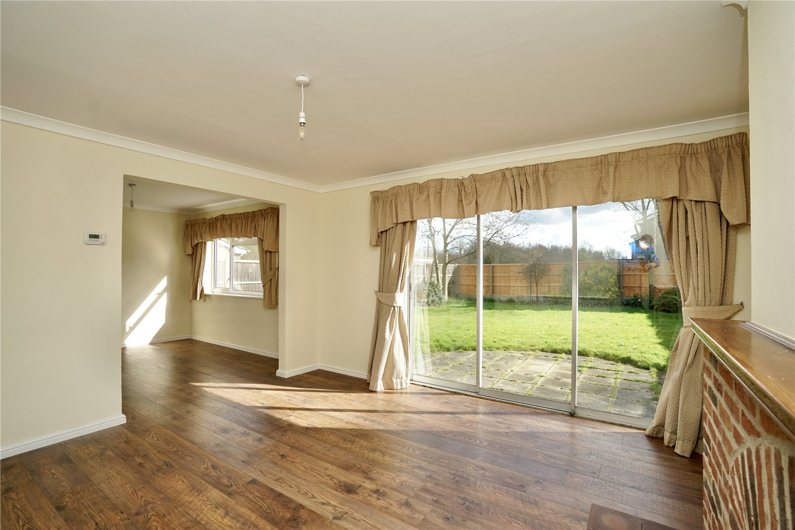 4 bed house for sale in Manor Close, Great Staughton  - Property Image 2