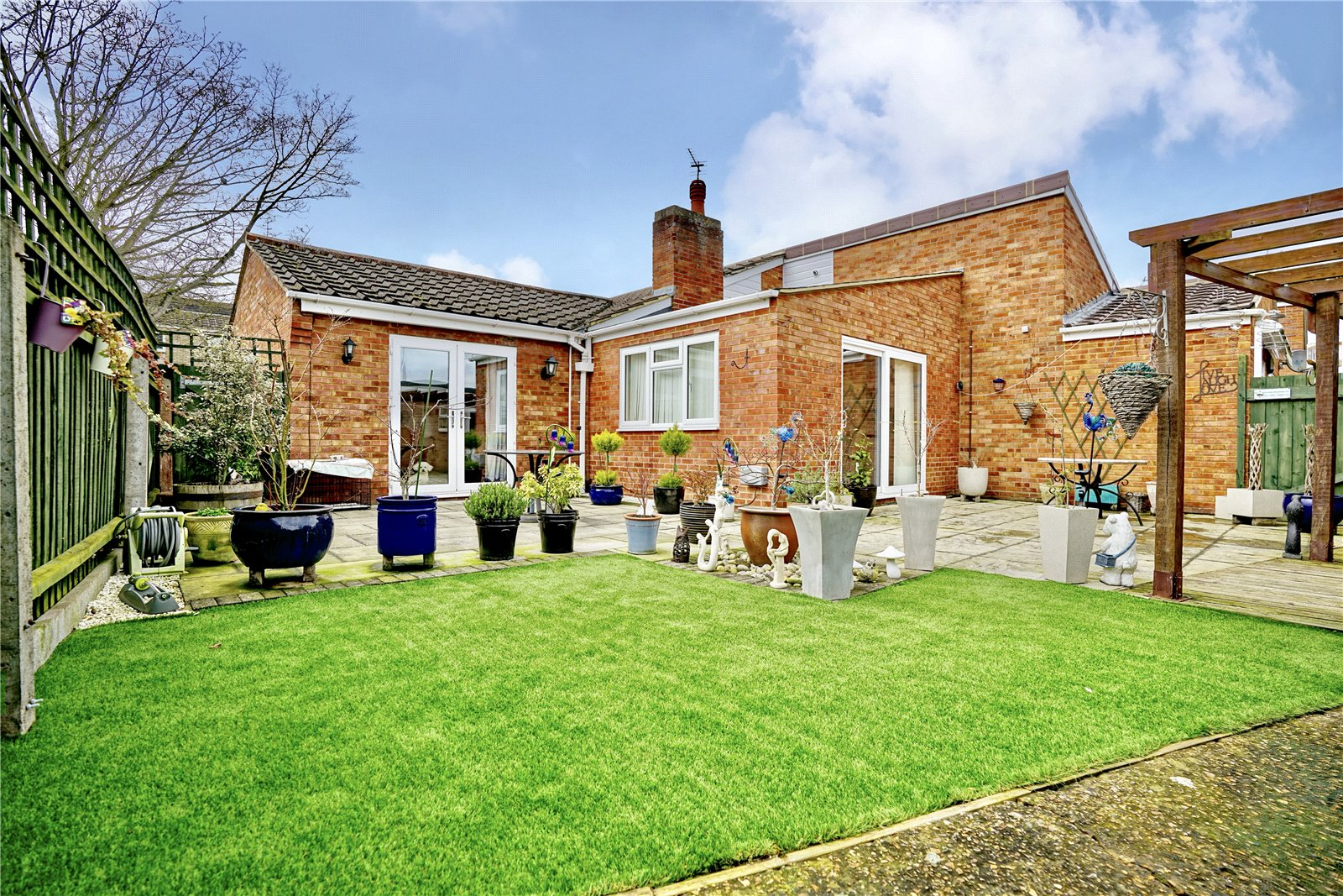 2 bed bungalow for sale in Drake Road, Eaton Socon  - Property Image 1