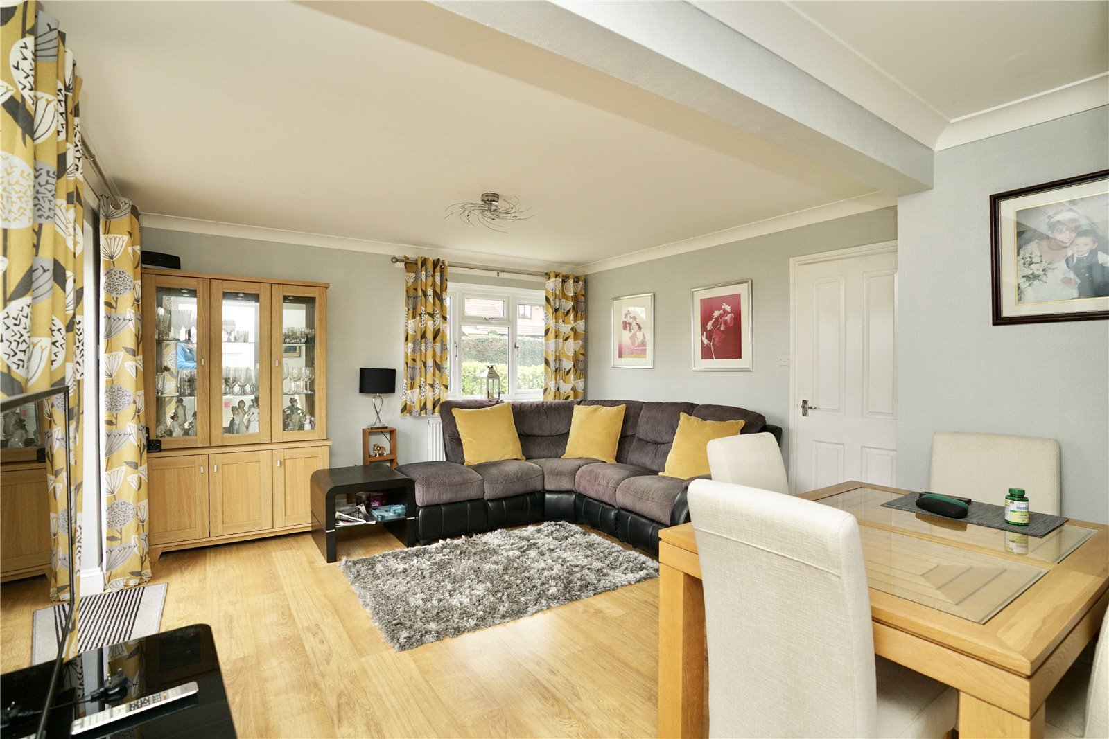 2 bed bungalow for sale in Drake Road, Eaton Socon 1