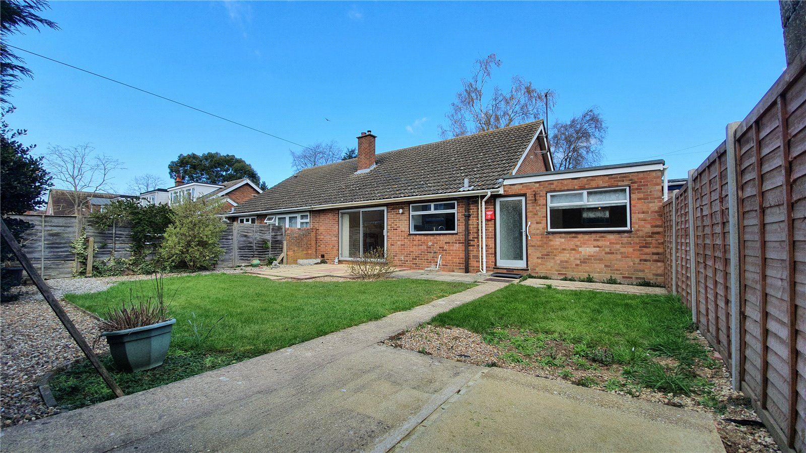3 bed bungalow for sale in Clover Road, Eaton Socon 5